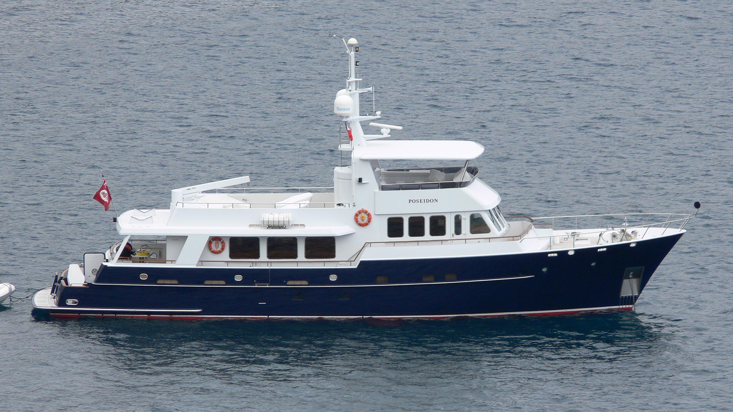 lakesider poseidon motoryacht moonen 2003 28m profile