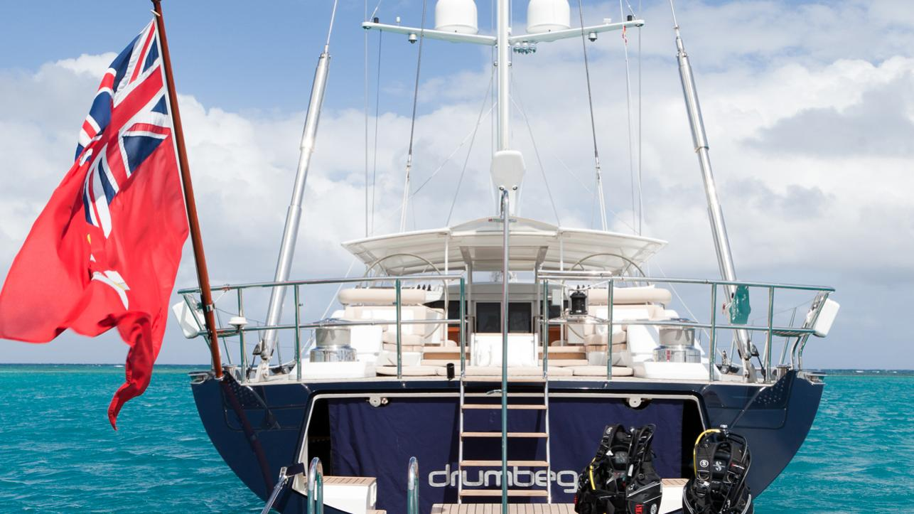 drumbeg-yacht-stern
