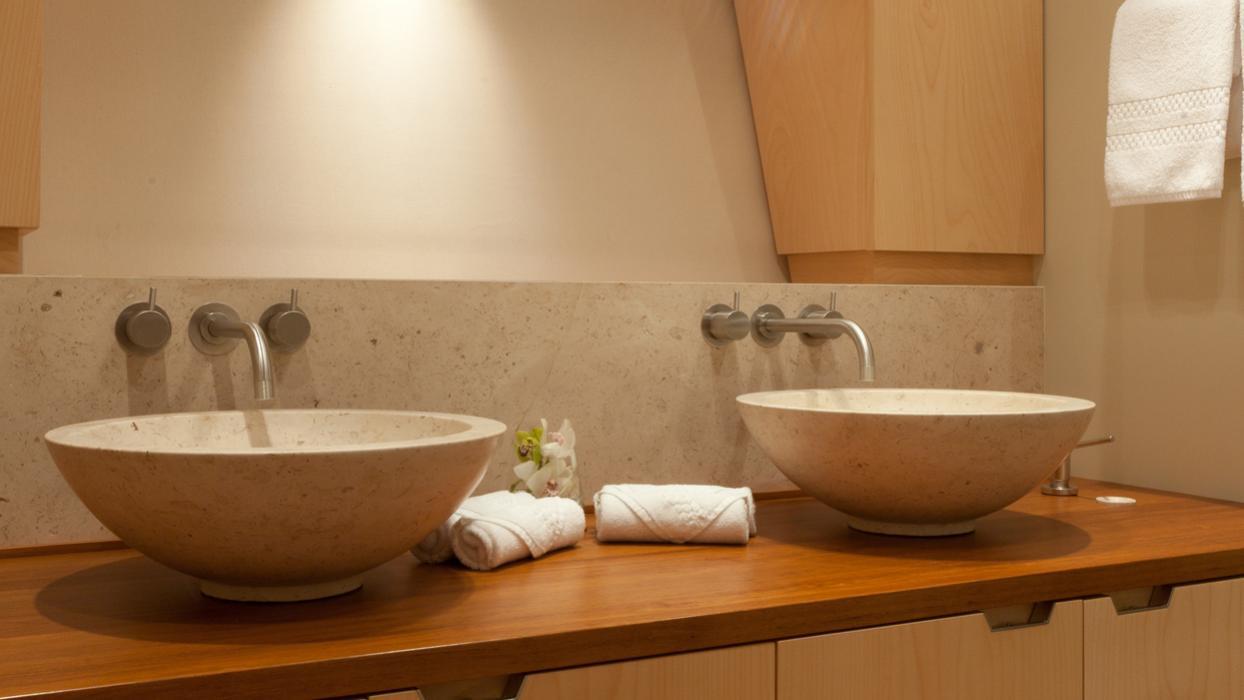 drumbeg-yacht-master-bathroom