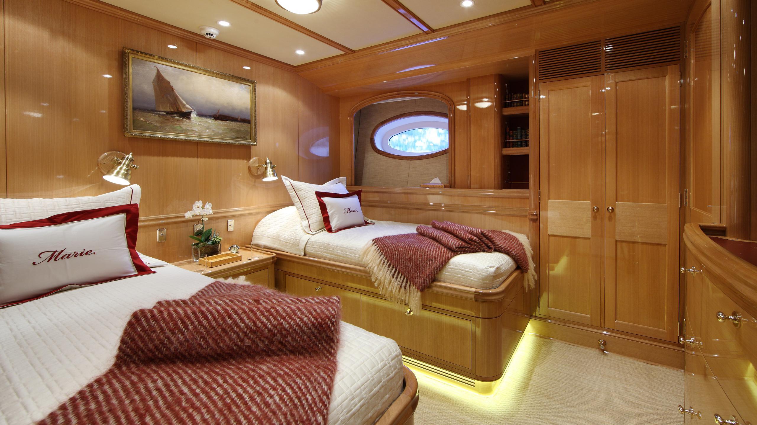 marie-yacht-twin-cabin