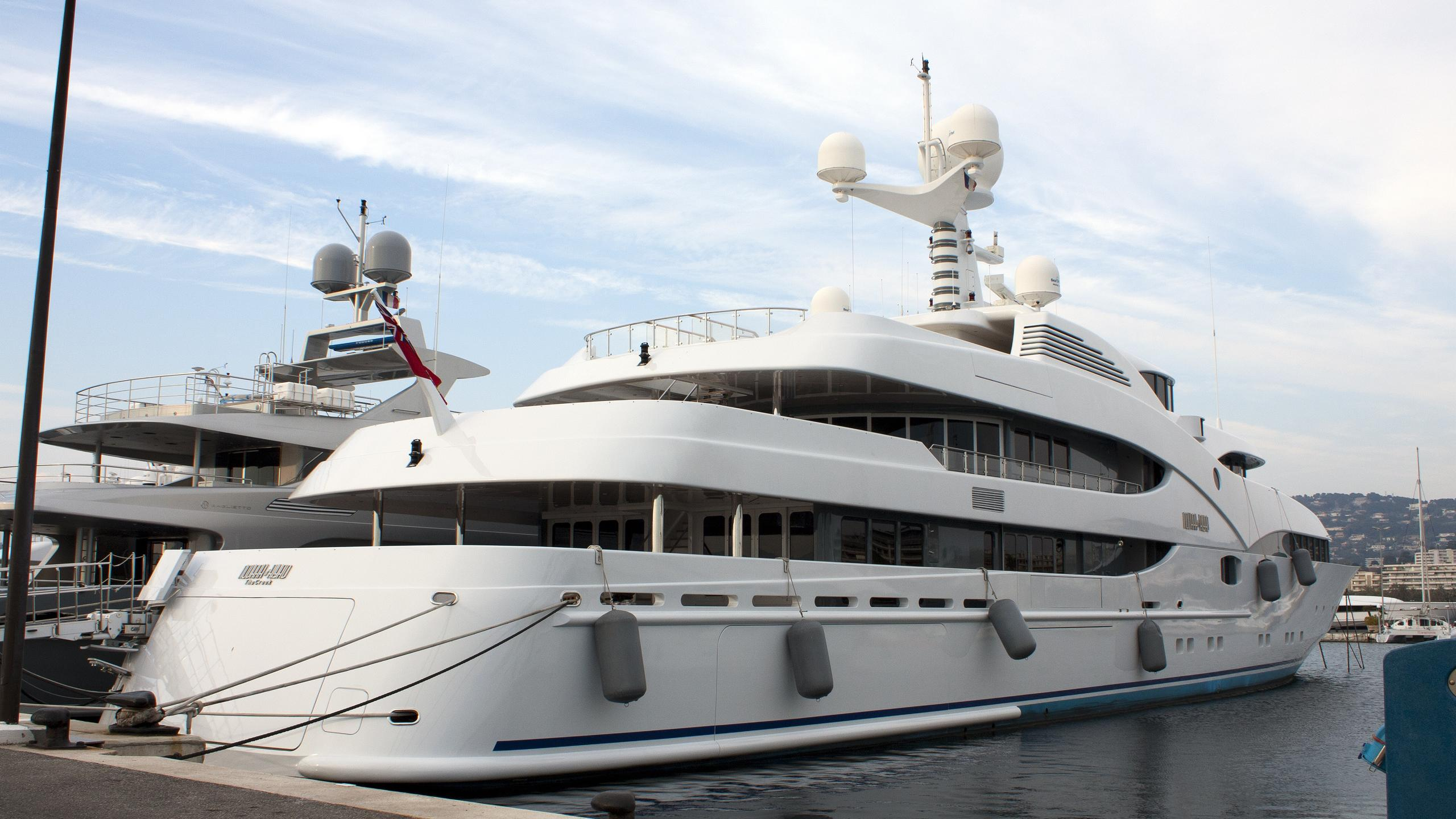 nourah-of-riyad-yacht-exterior