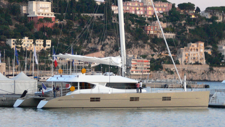 black-swan-yacht-exterior
