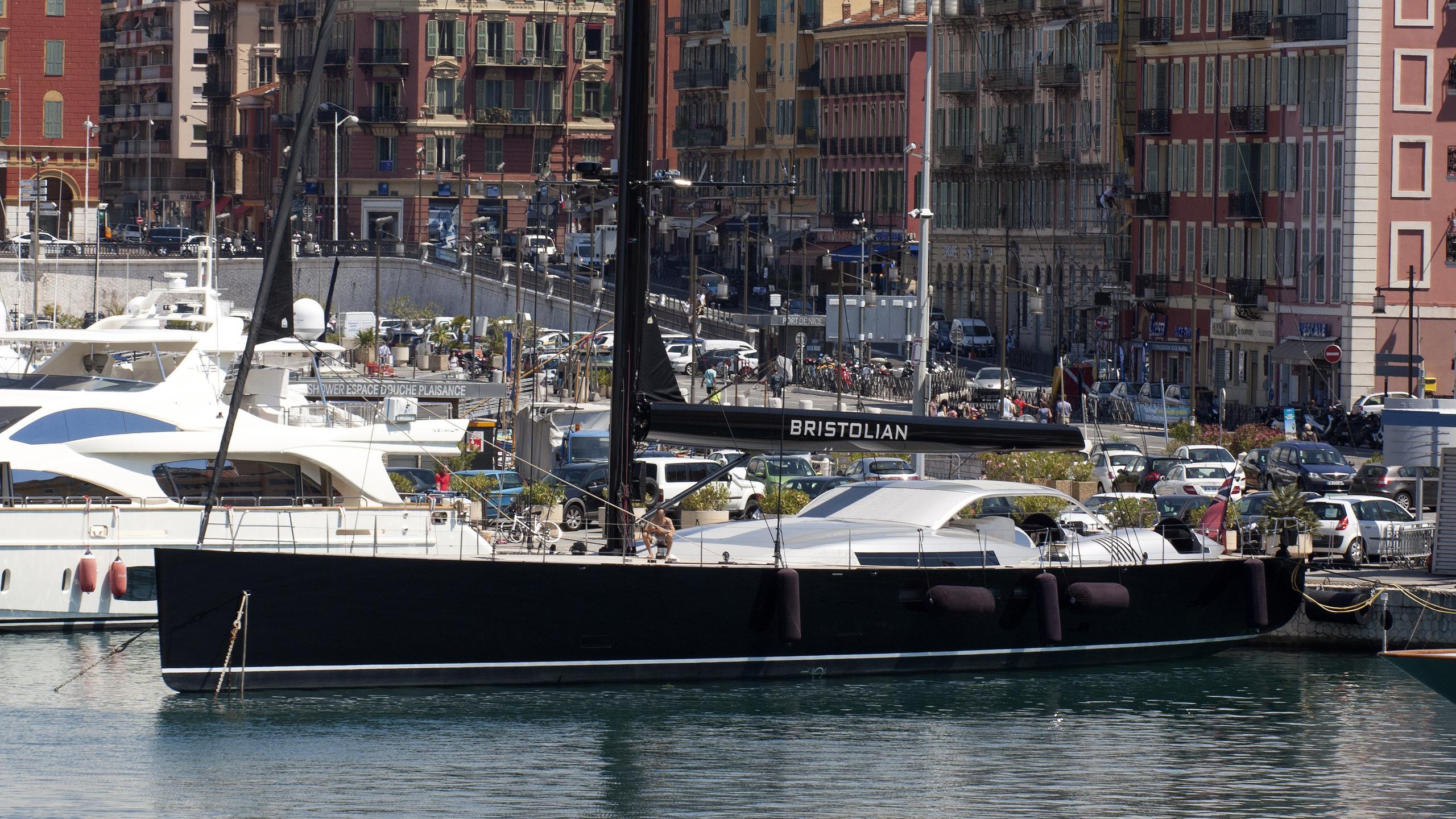 bristolian-yacht-exterior