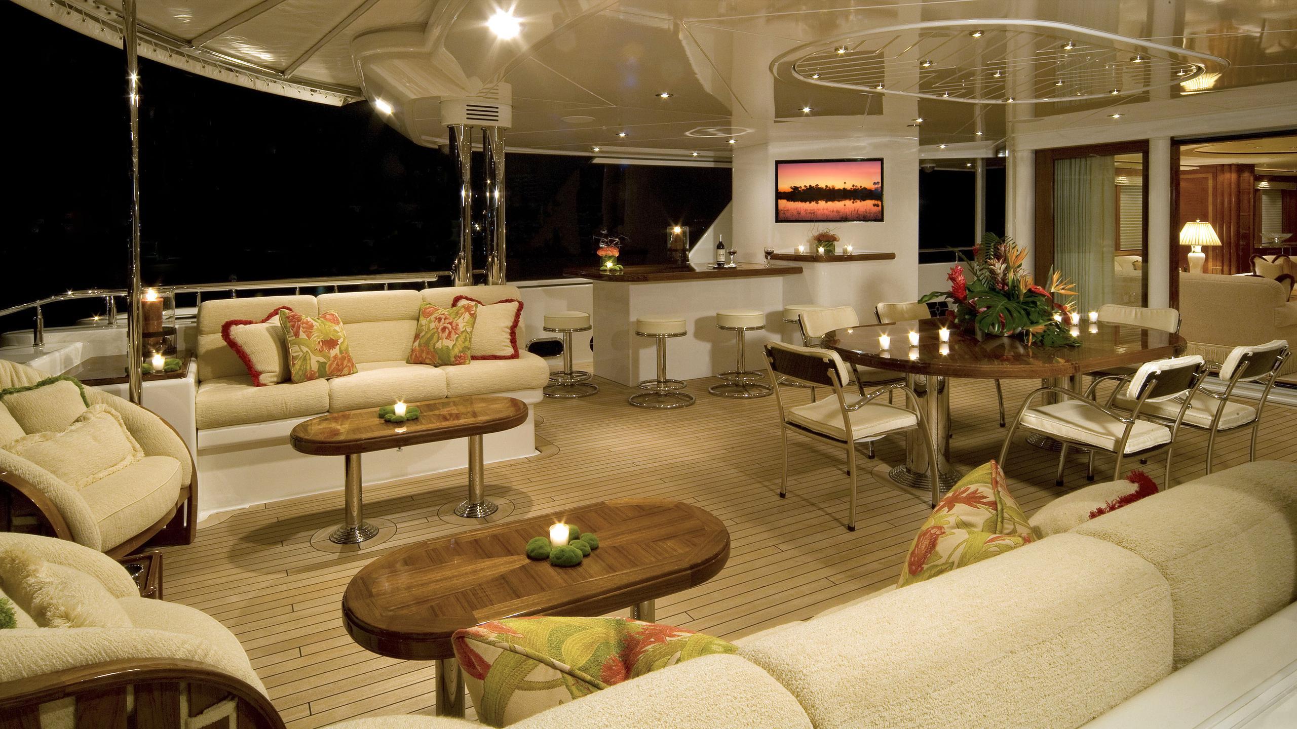 harmony-yacht-aft-deck