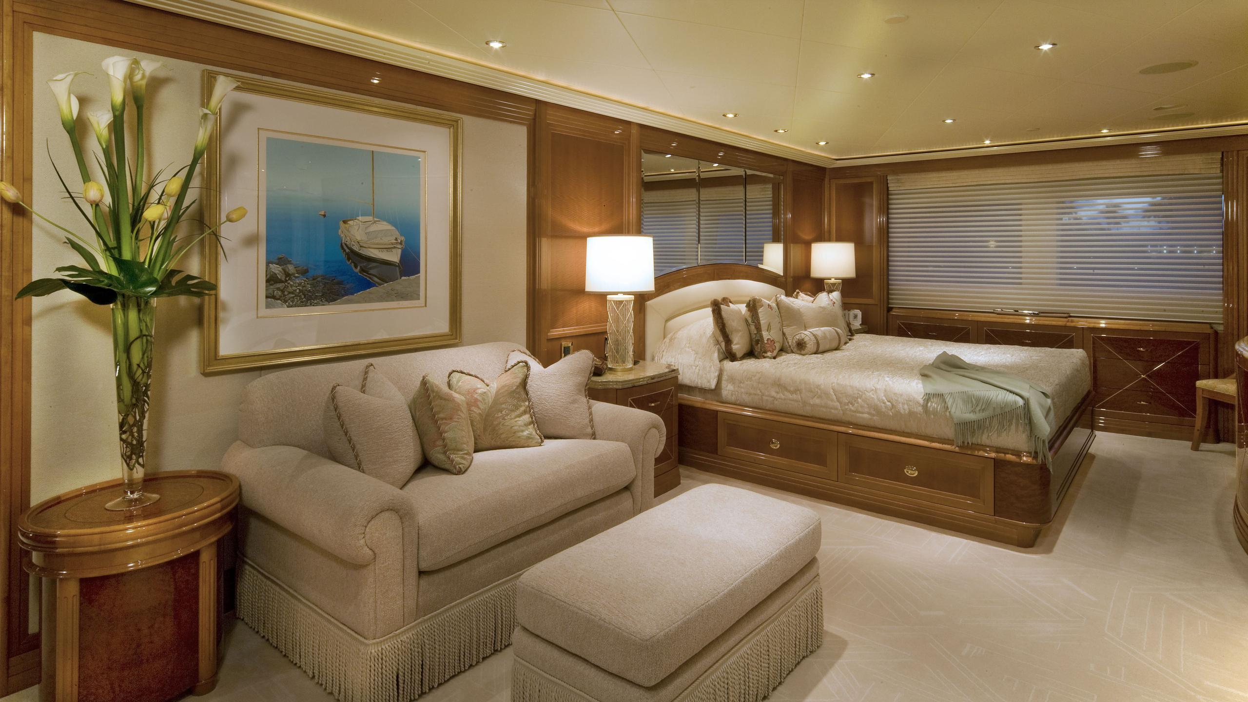 harmony-yacht-double-cabin