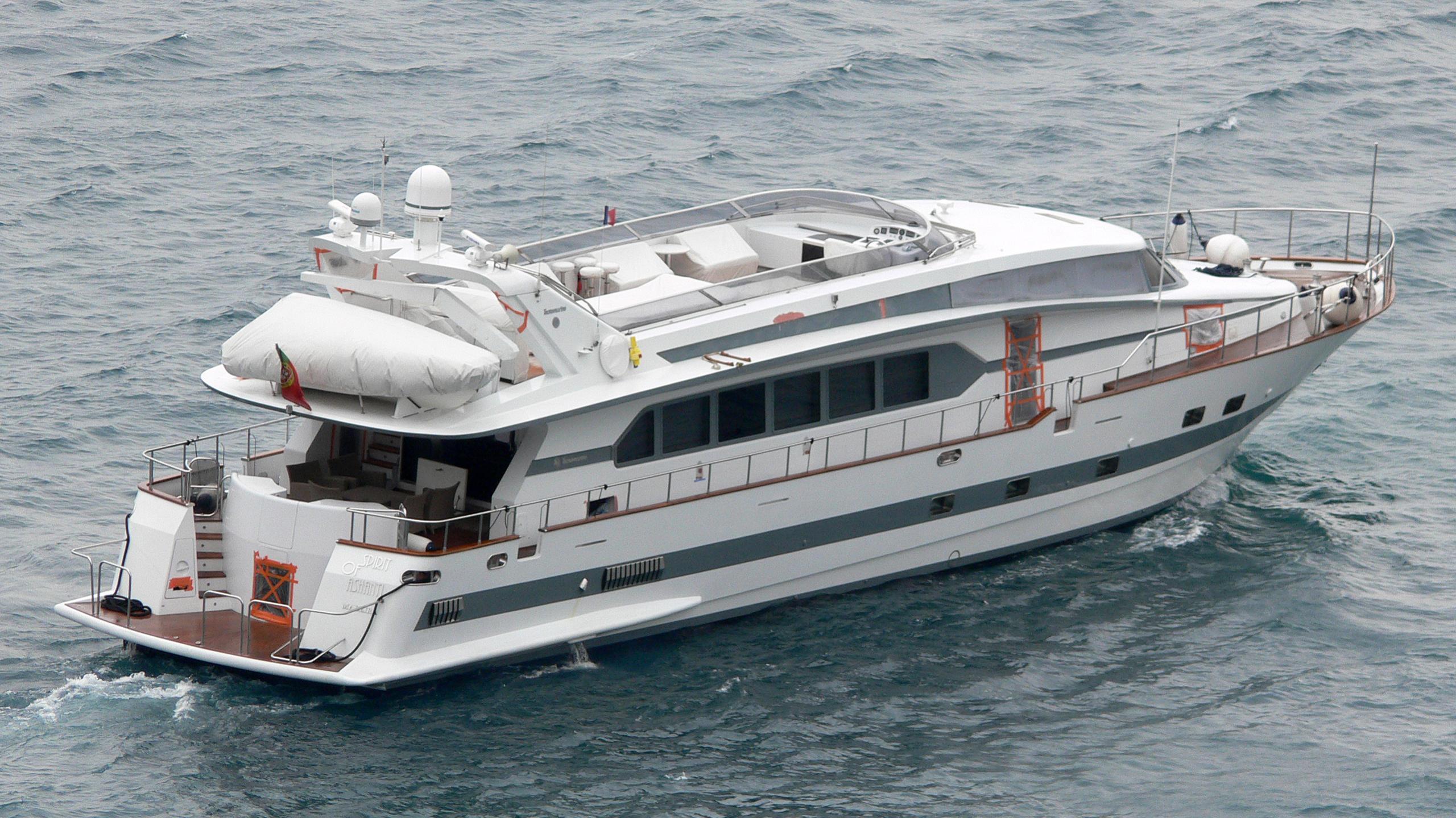 spirit-of-ashanti-yacht-exterior