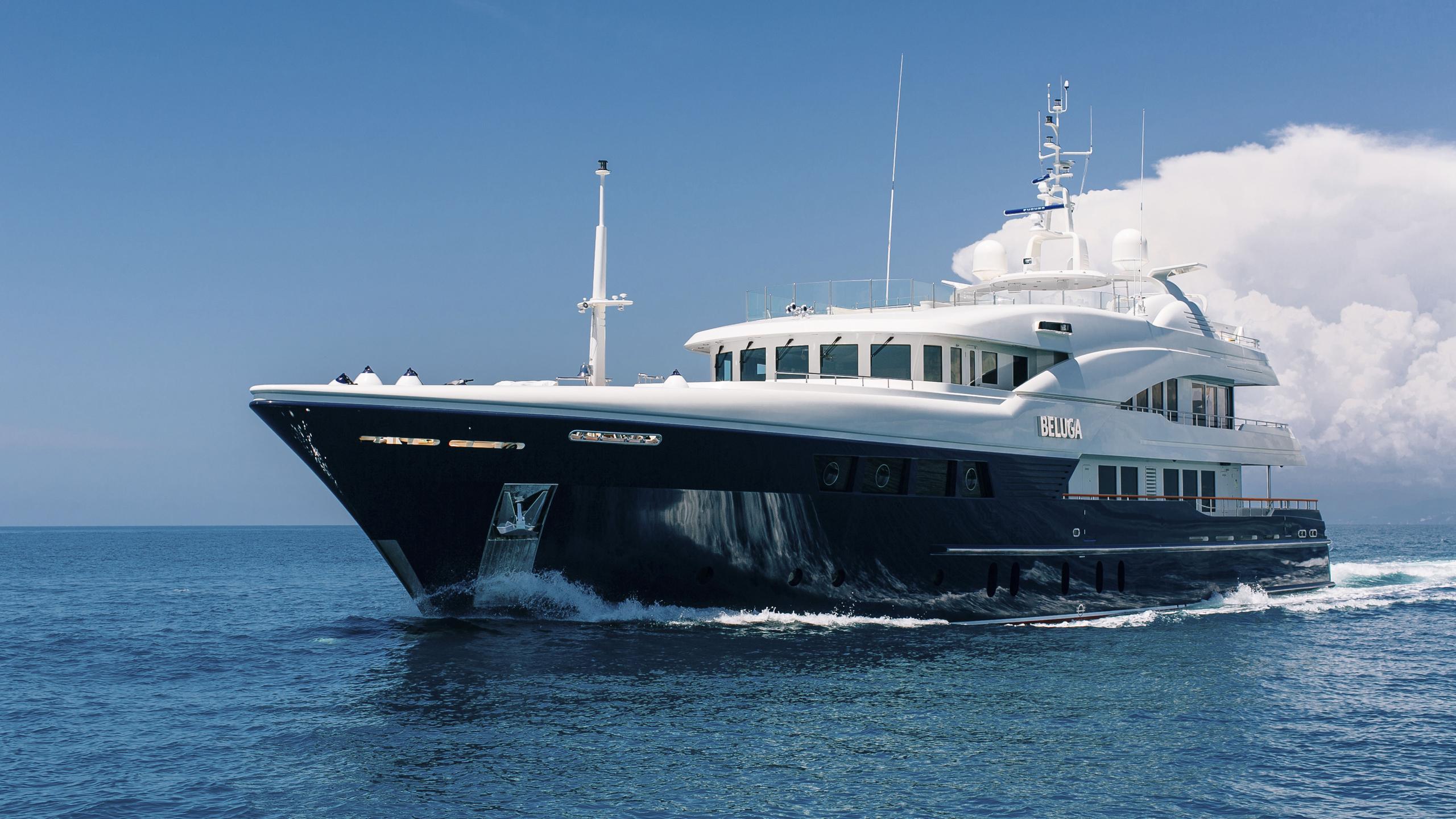beluga-yacht-cruising