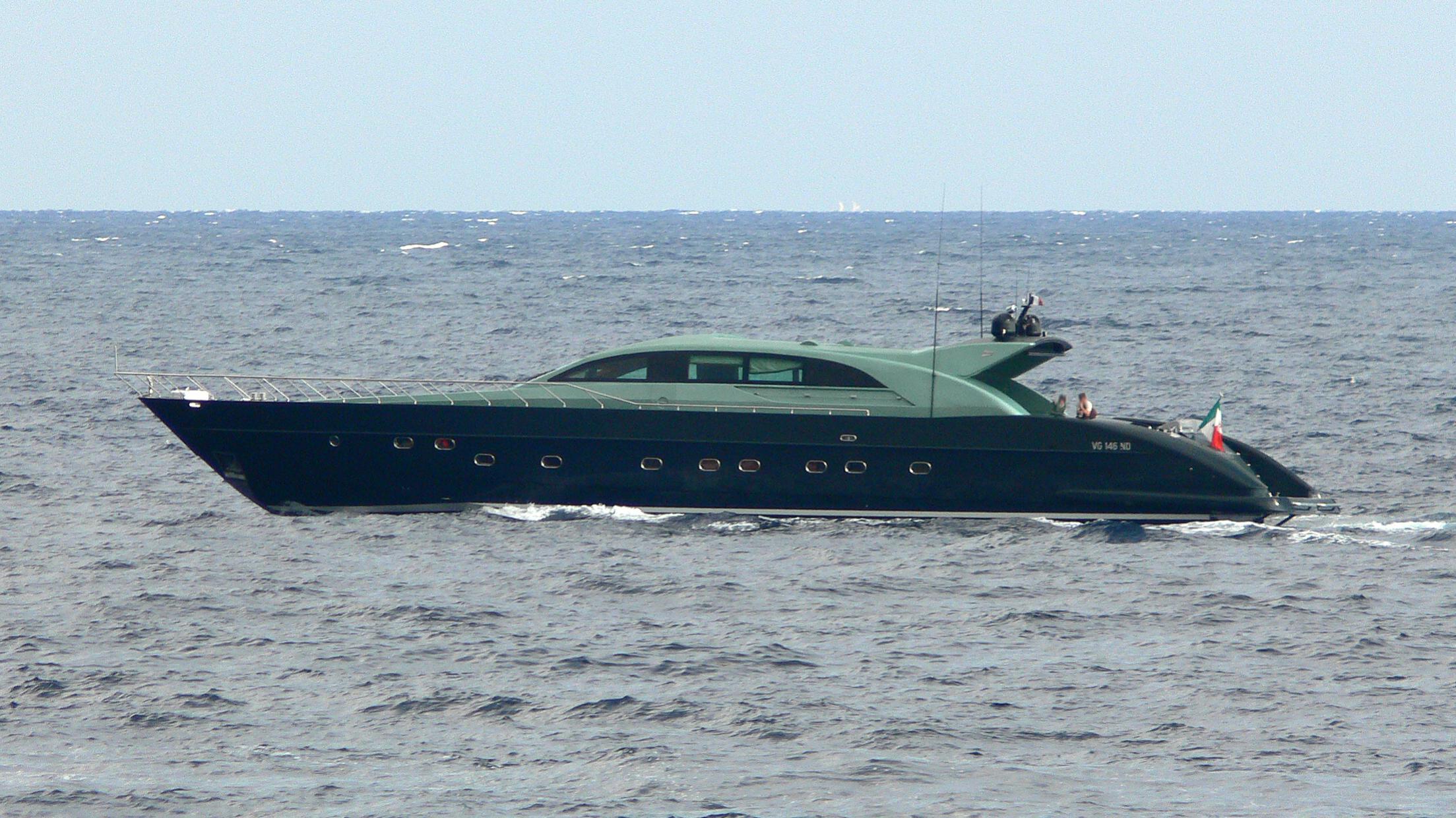 spirit-of-salima-yacht-exterior
