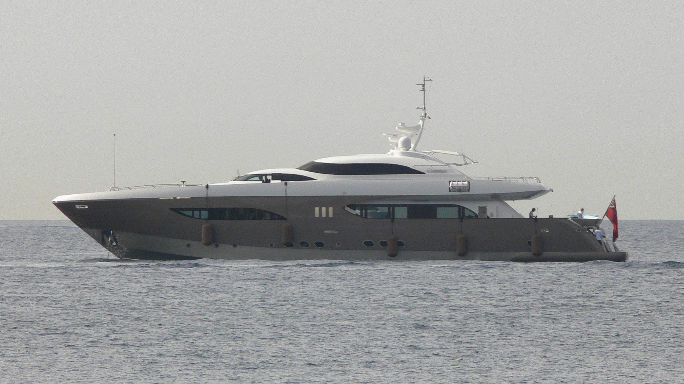 namaste-yacht-exterior