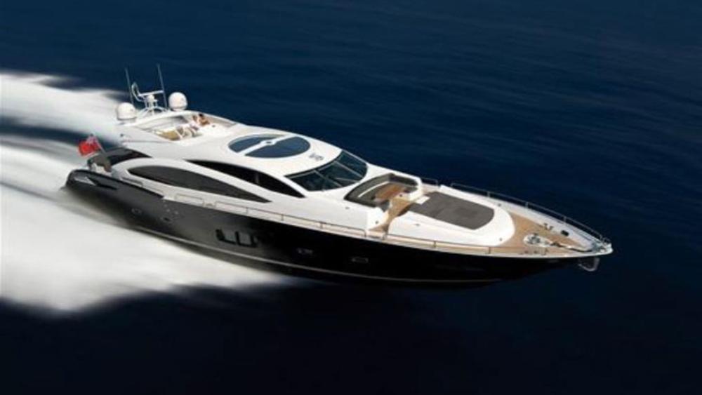blade 6 baltazar motoryacht sunseeker 28m 2009 half profile