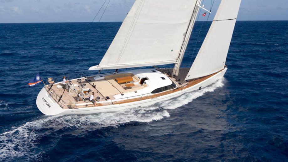 rapture-yacht-sailing