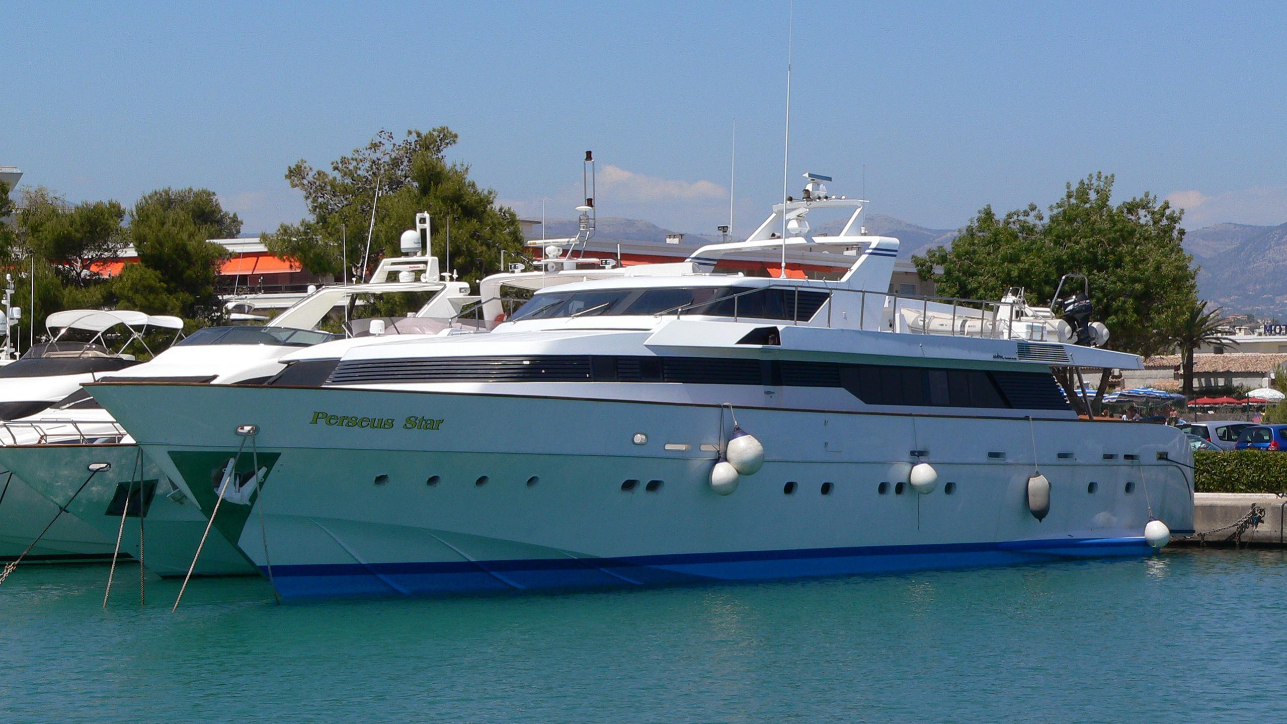 perseus-star-yacht-exterior