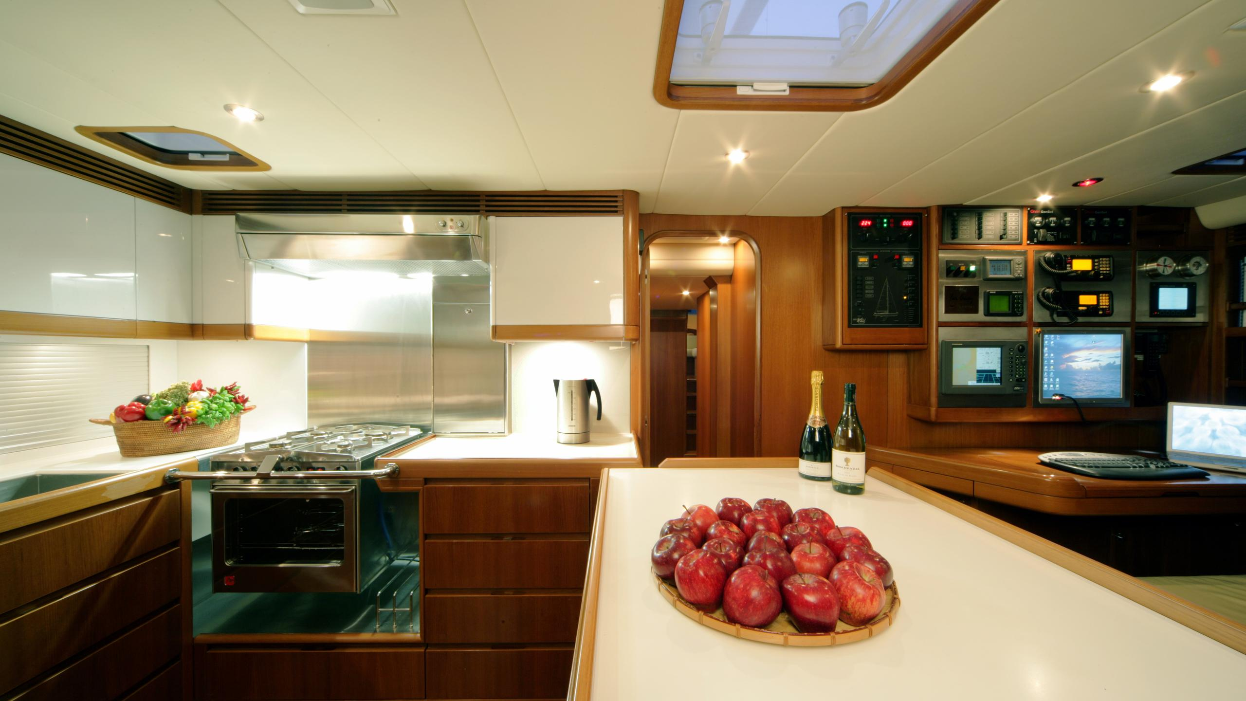si vis pacem sailing yacht southern wind shipyard 24m 2005 galley