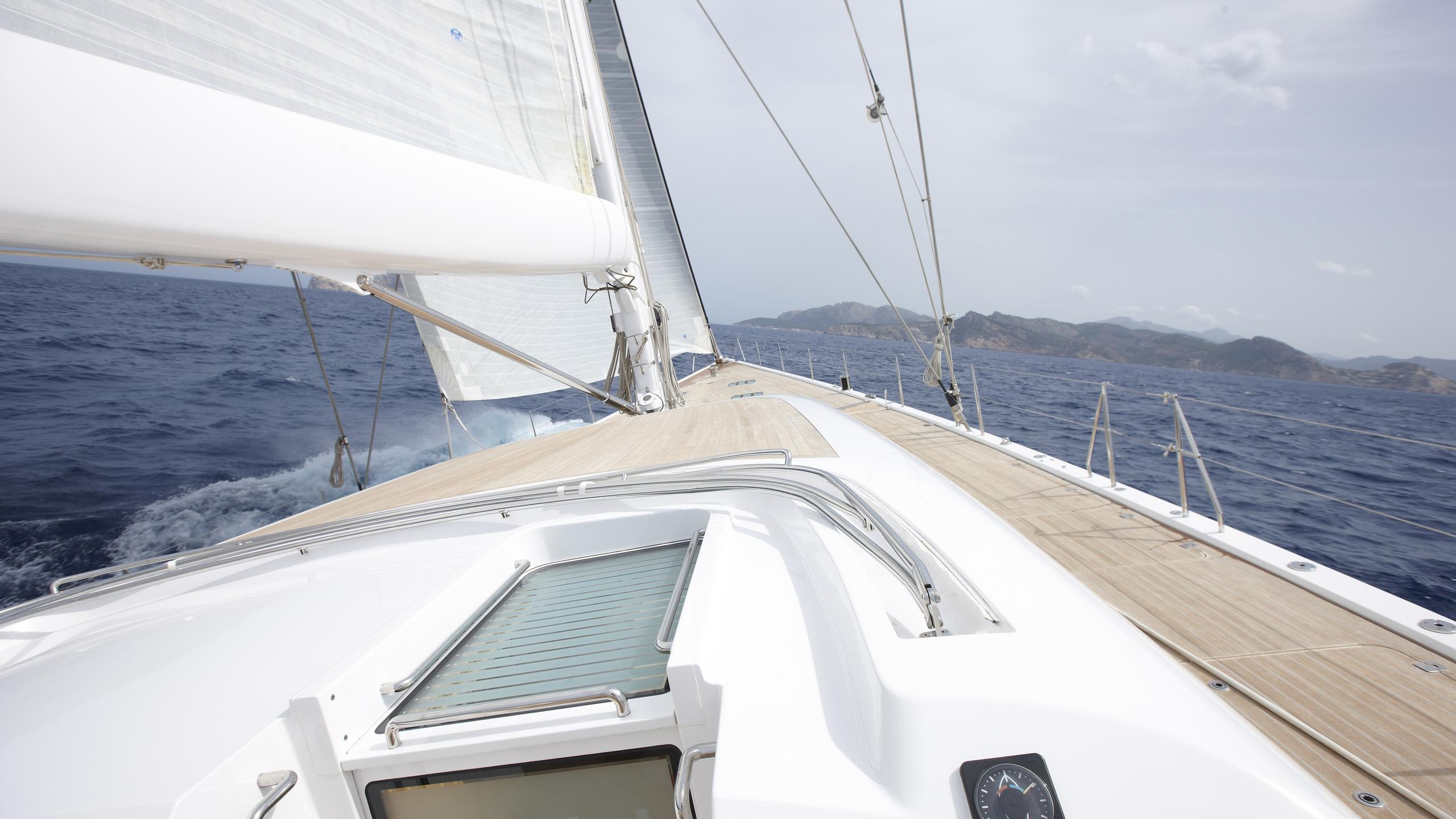 unfurled-yacht-sailing