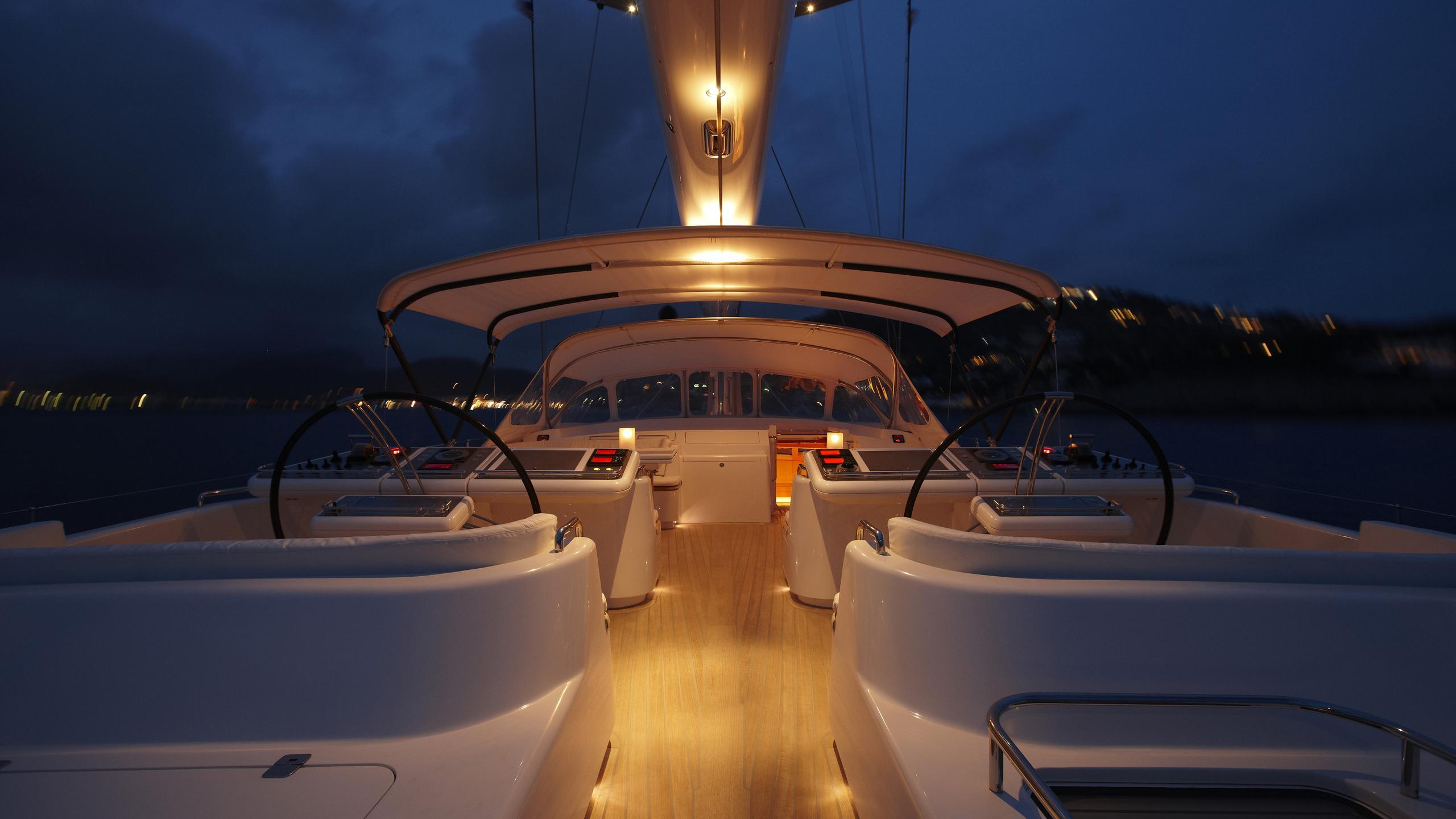 unfurled-yacht-aft-deck