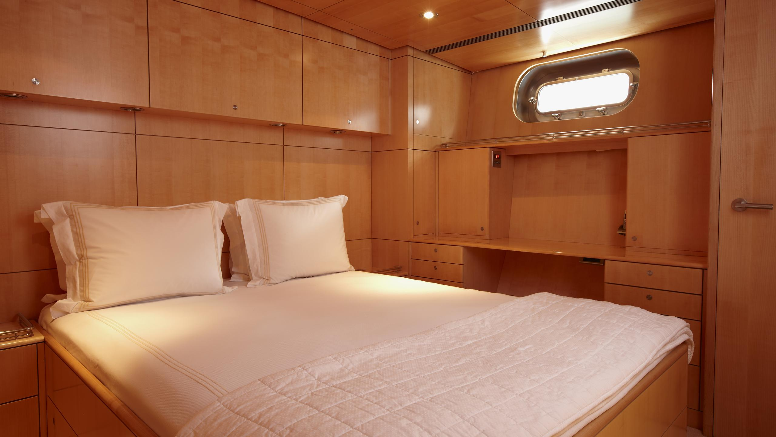 unfurled-yacht-double-cabin