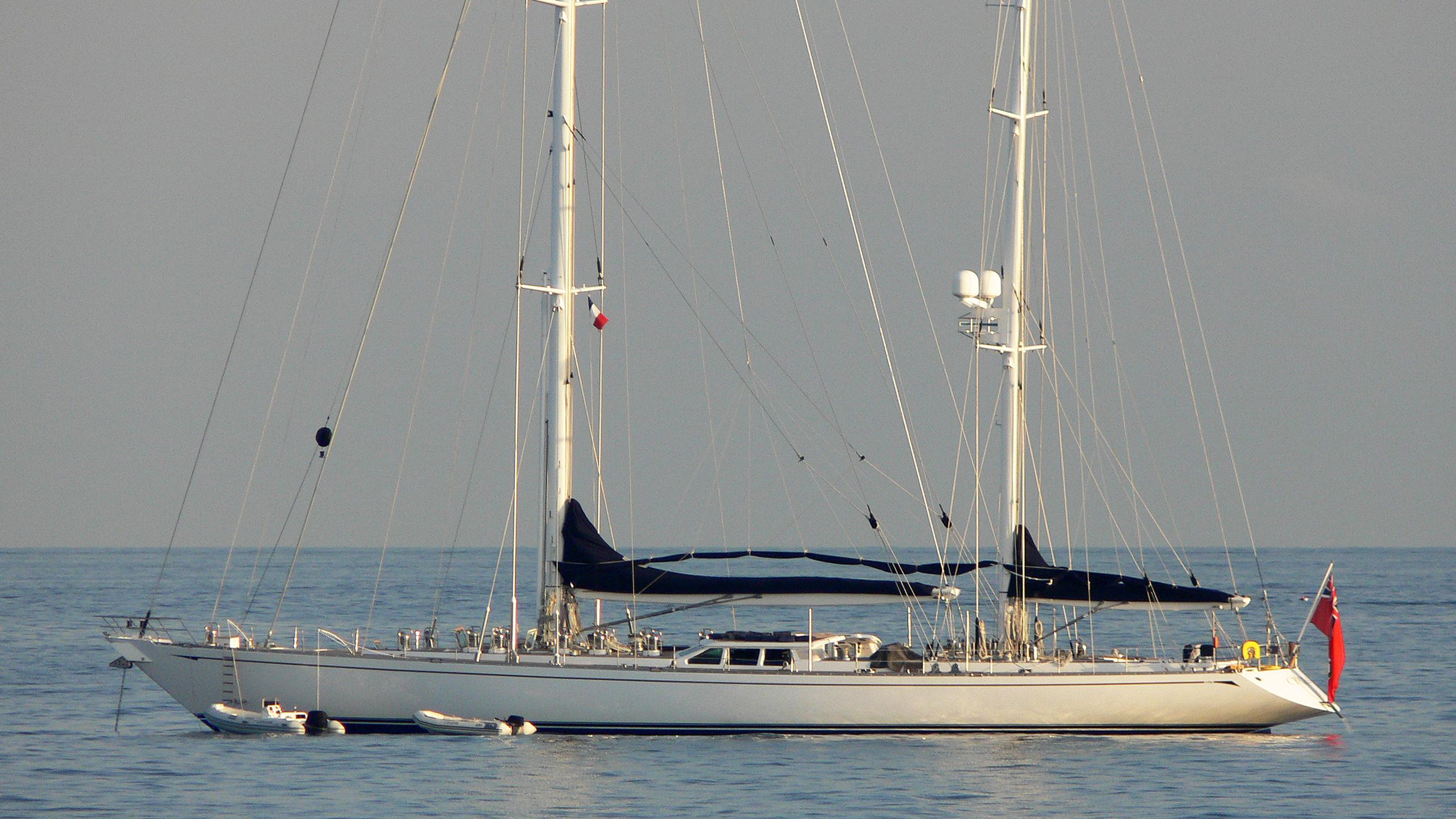 cyclos-iii-yacht-exterior