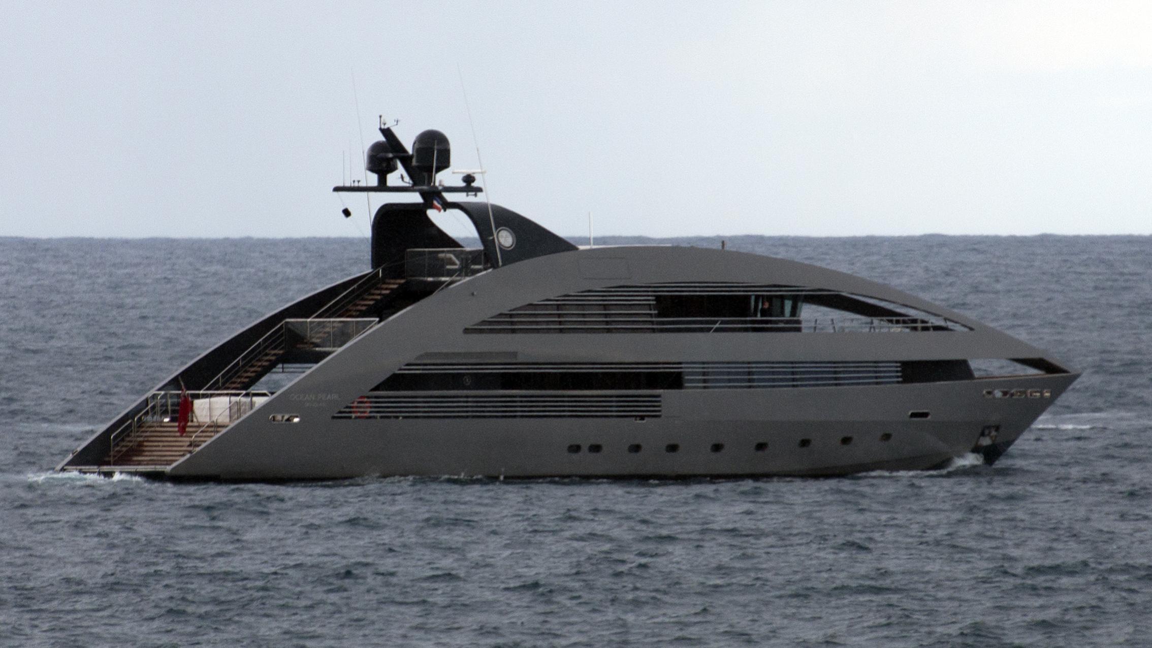 ocean-pearl-yacht-exterior