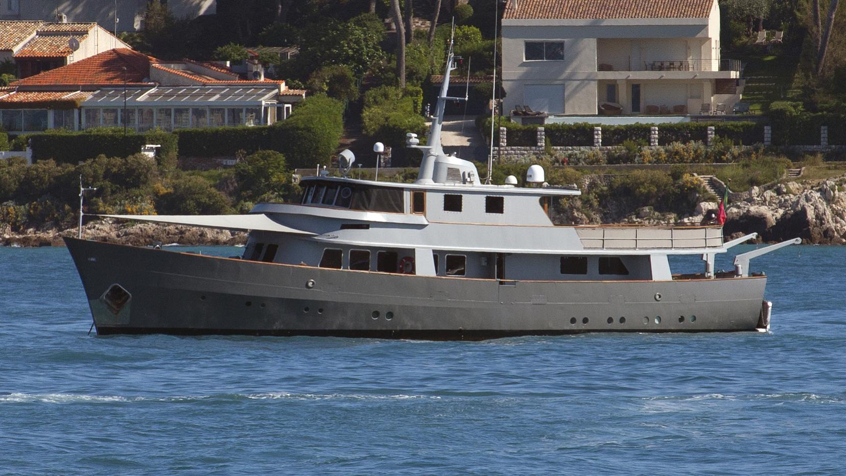 la-fenice-yacht-exterior