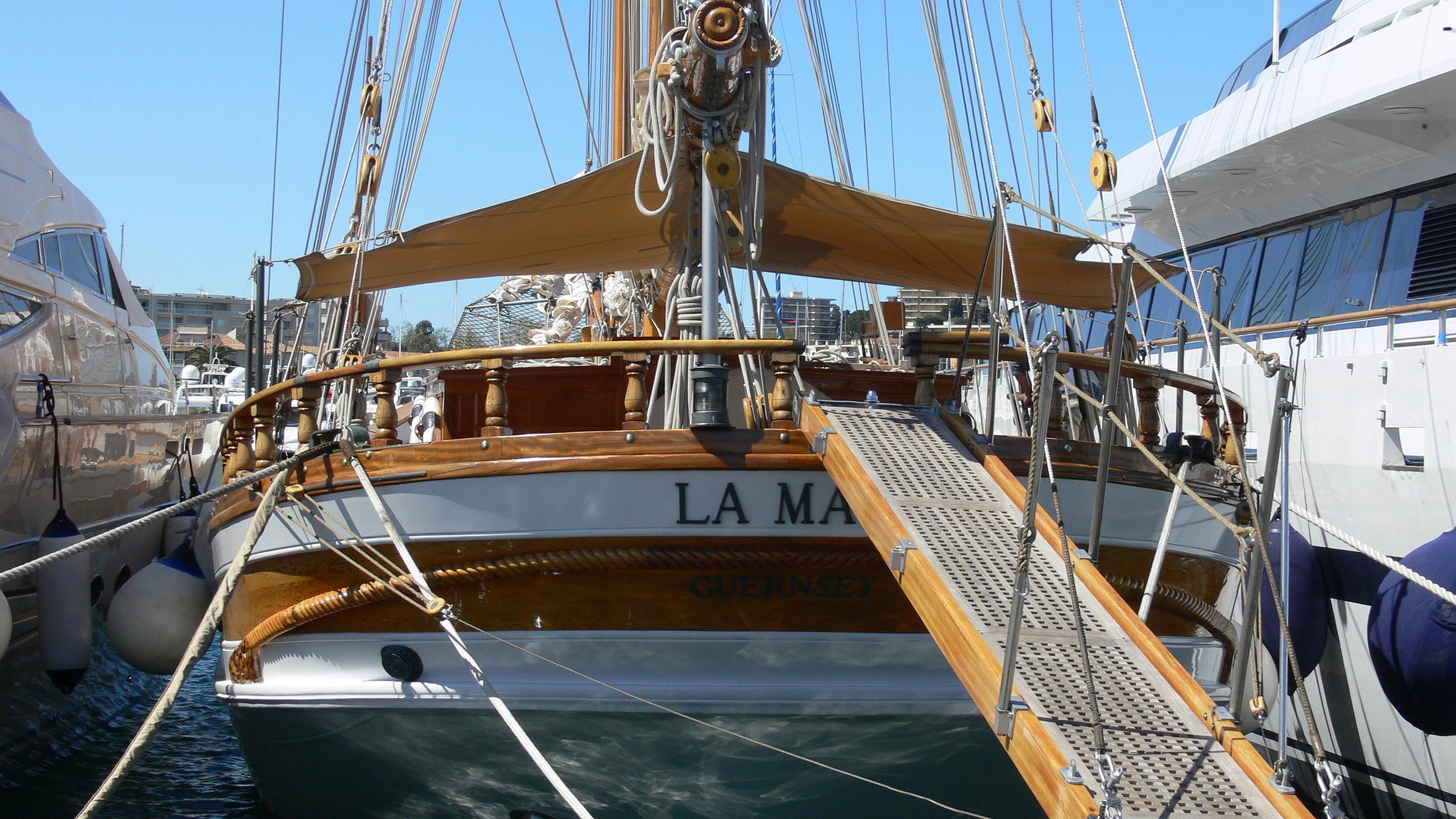 la-maia-yacht-exterior