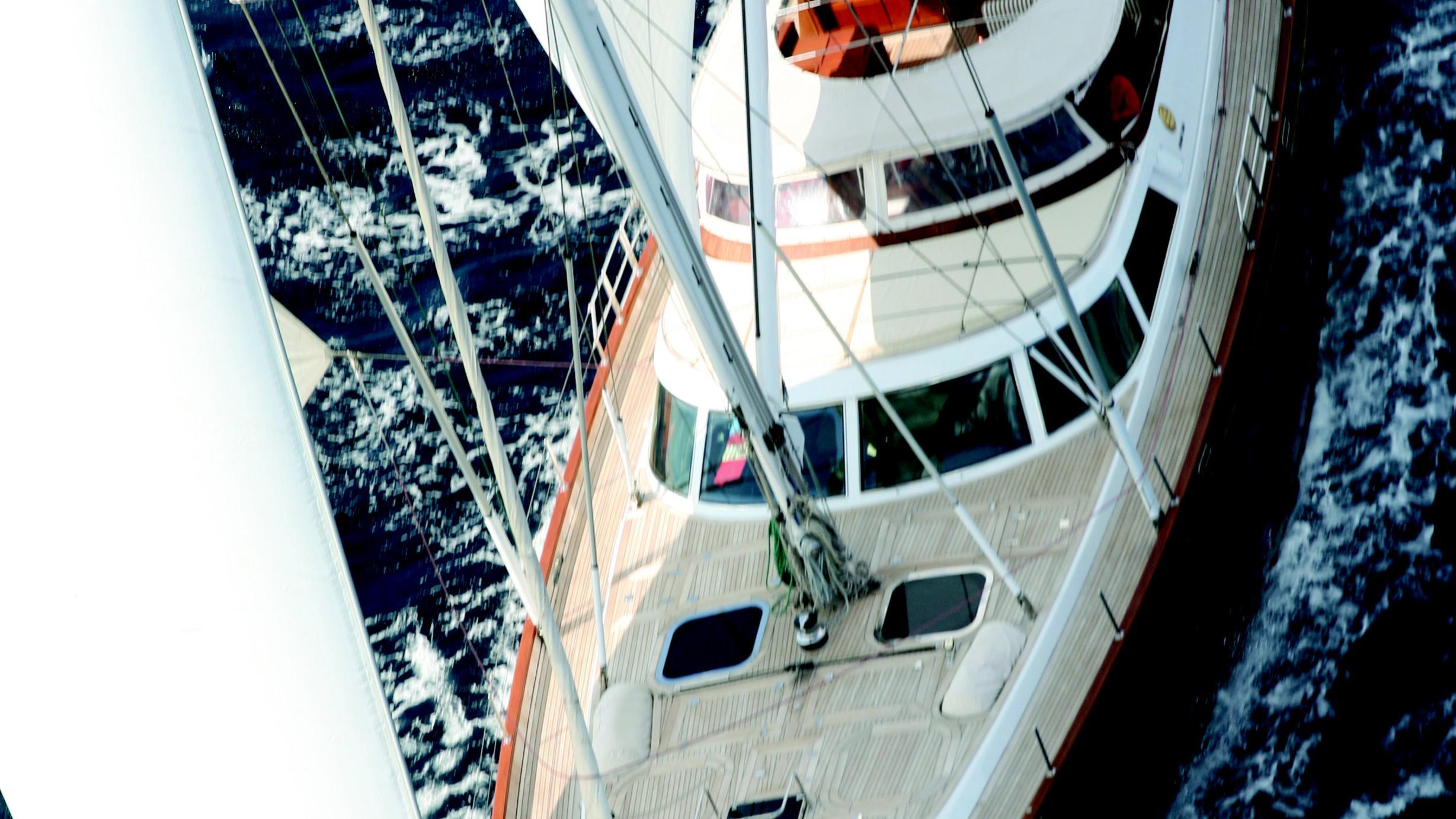 gitana-yacht-aerial