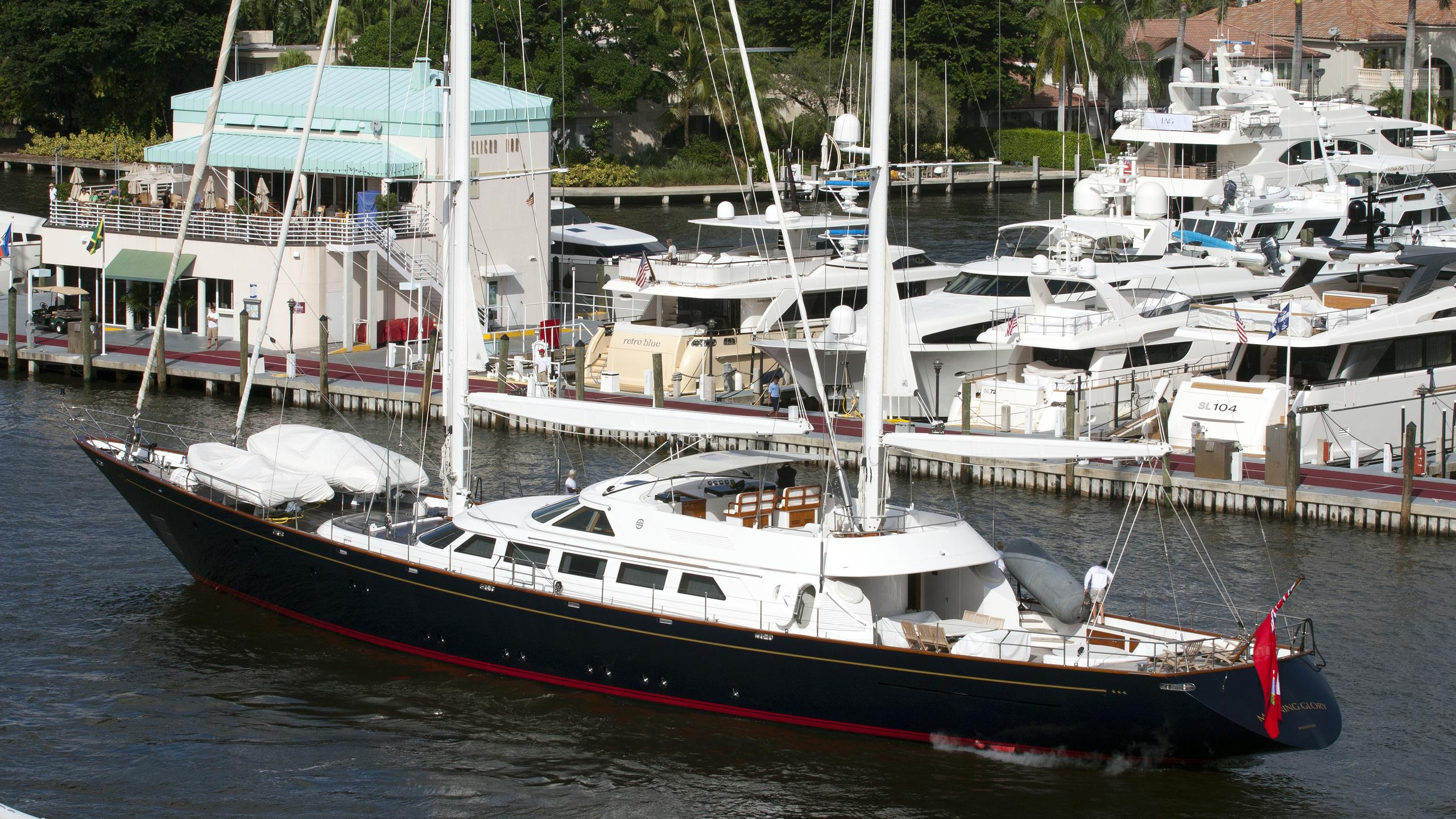 morning-glory-yacht-exterior