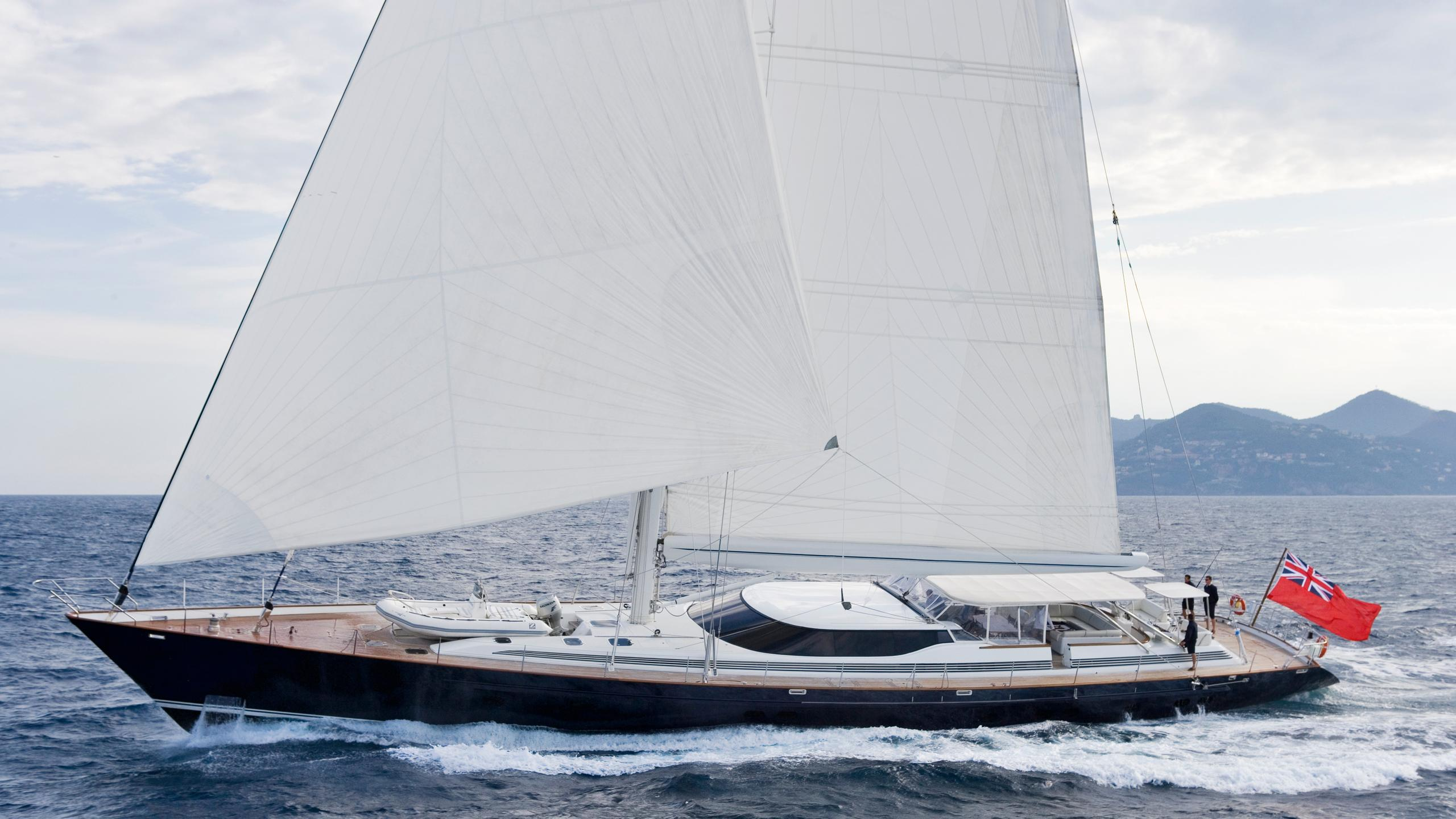 TENAZ-yacht-sailing