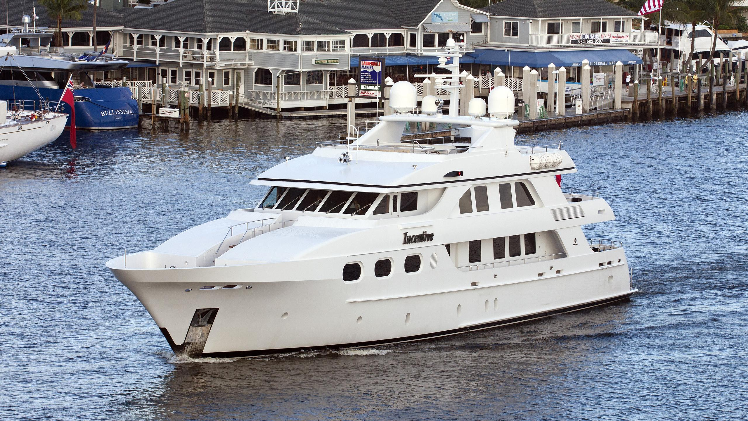 incentive-yacht-exterior