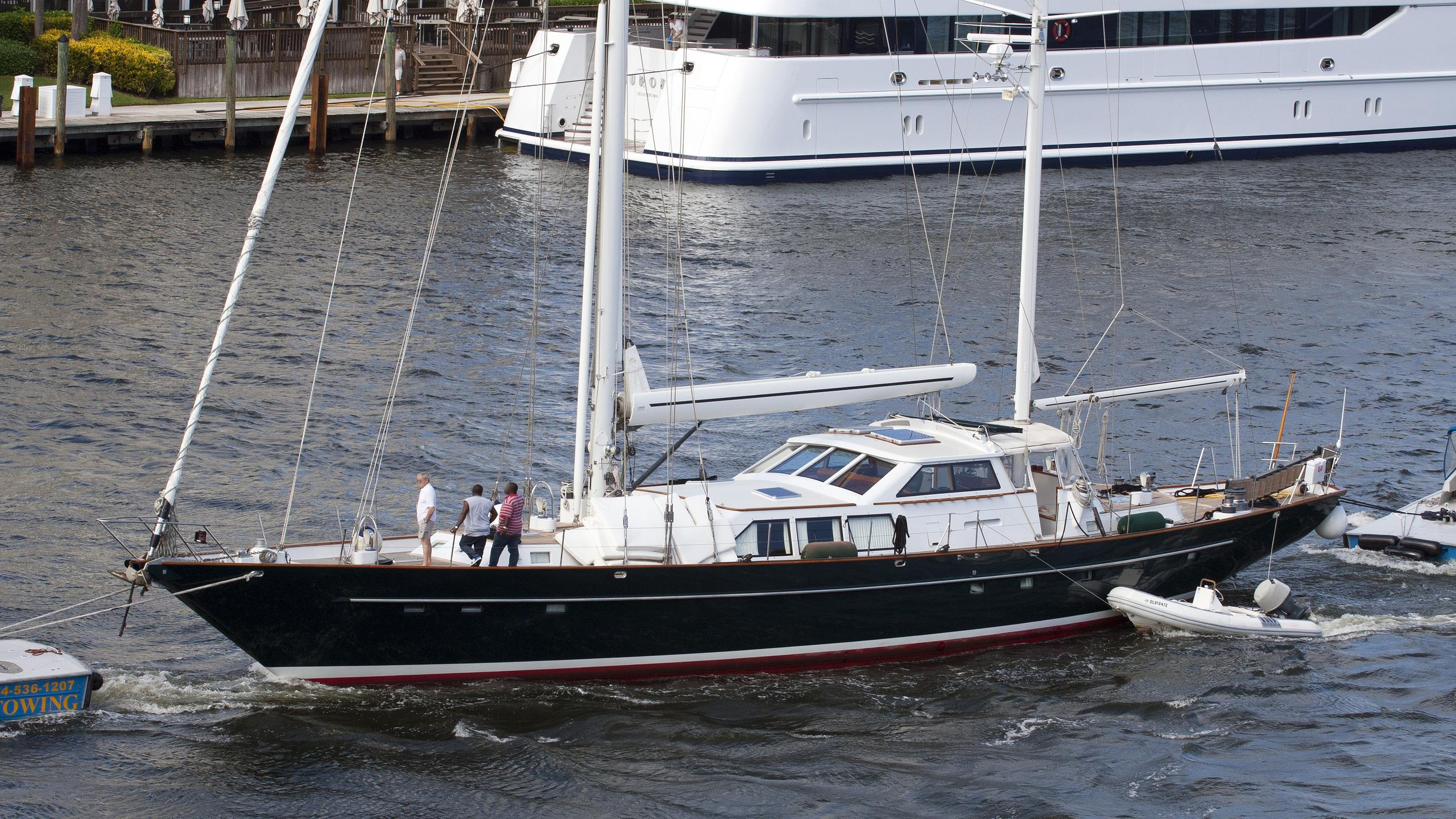 sunday-morning-yacht-exterior