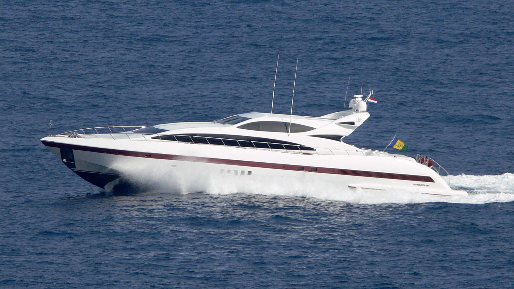saigon-yacht-exterior