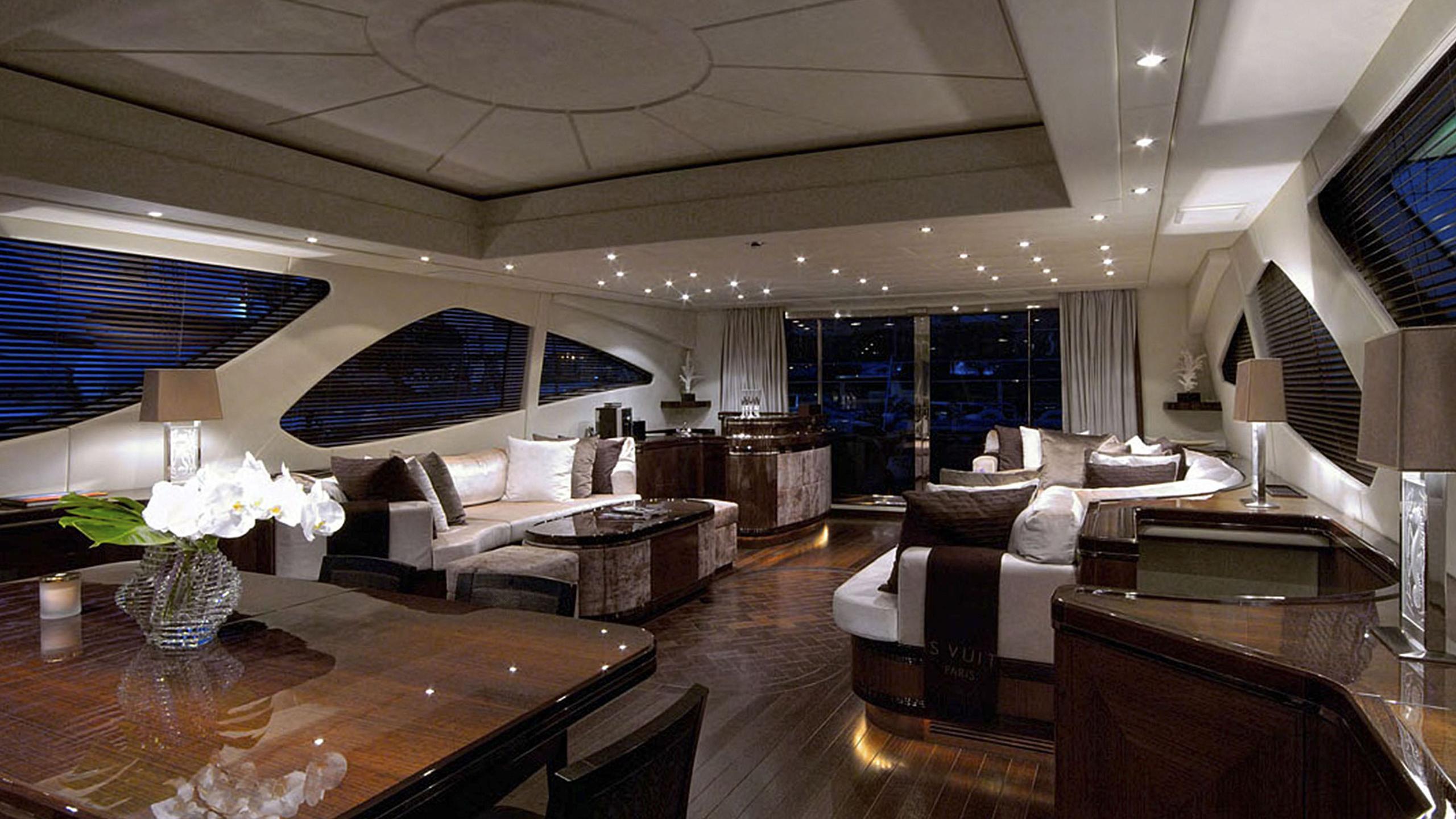 aset-yacht-saloon