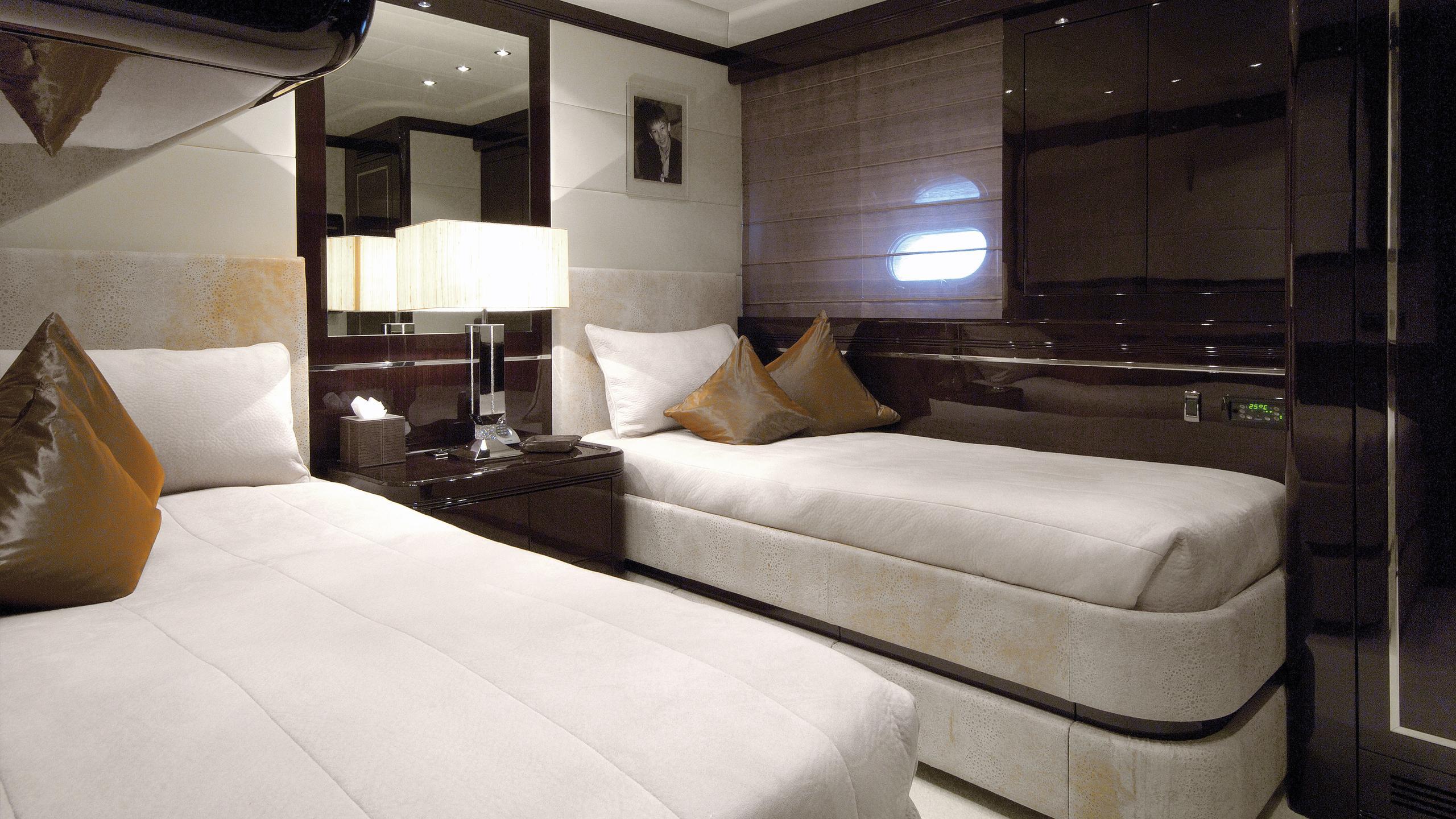 aset-yacht-twin-cabin