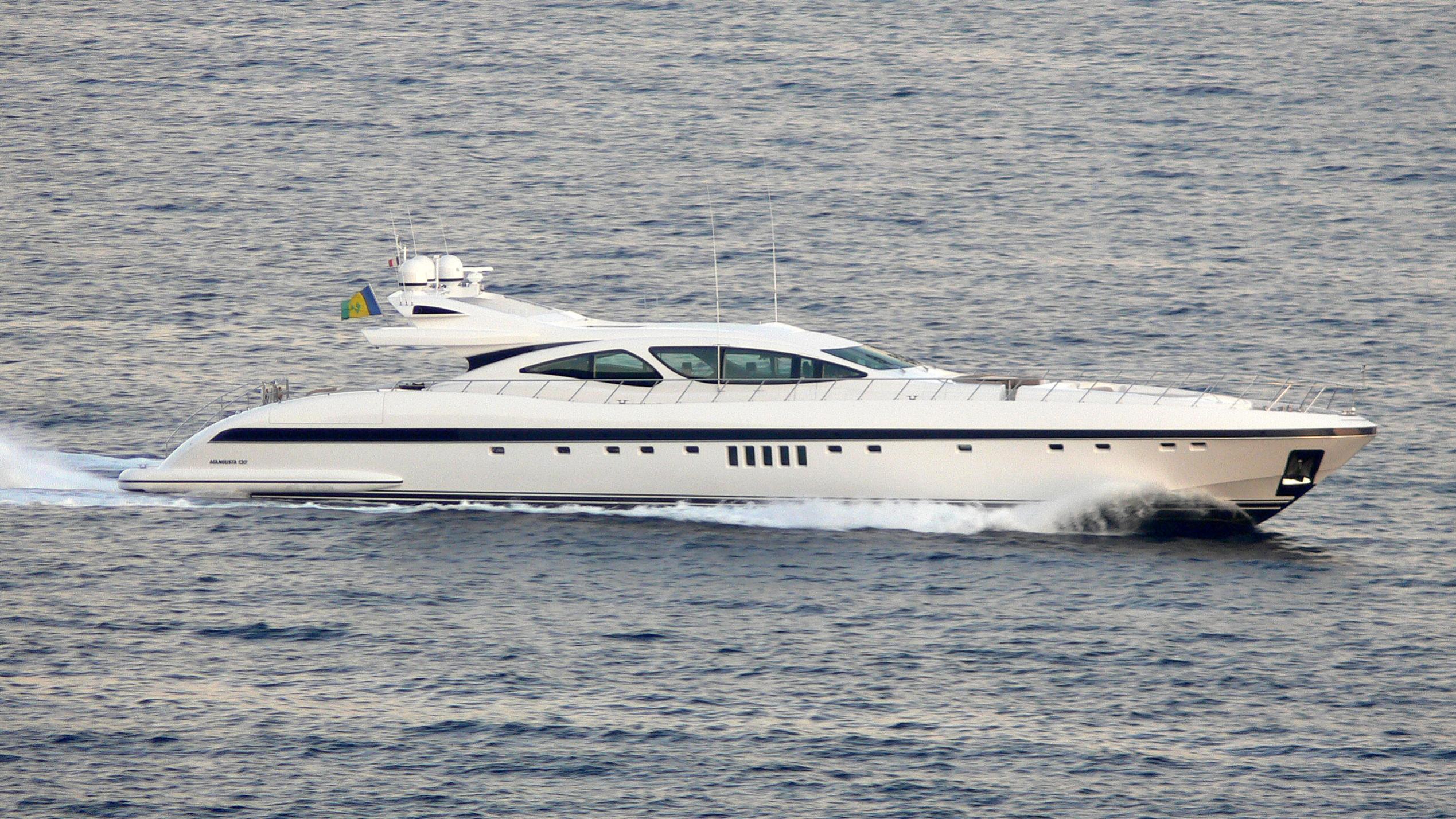 aset-yacht-exterior