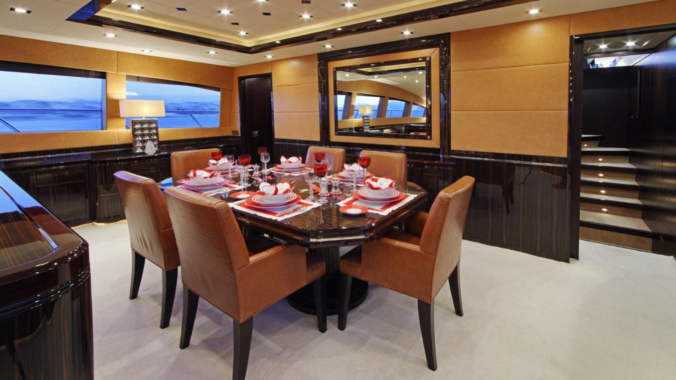 forever-one-yacht-formal-dining