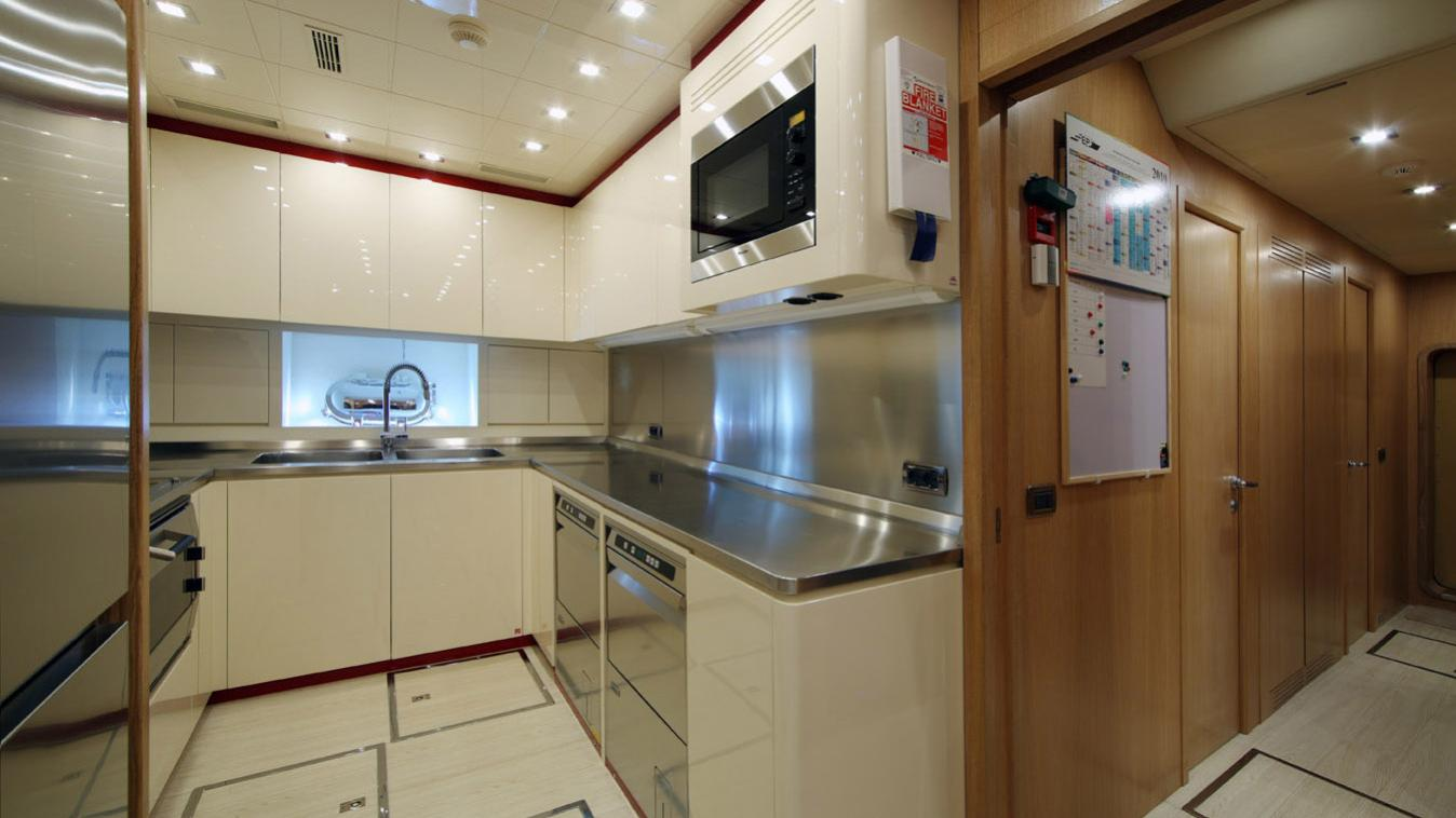 forever-one-yacht-galley