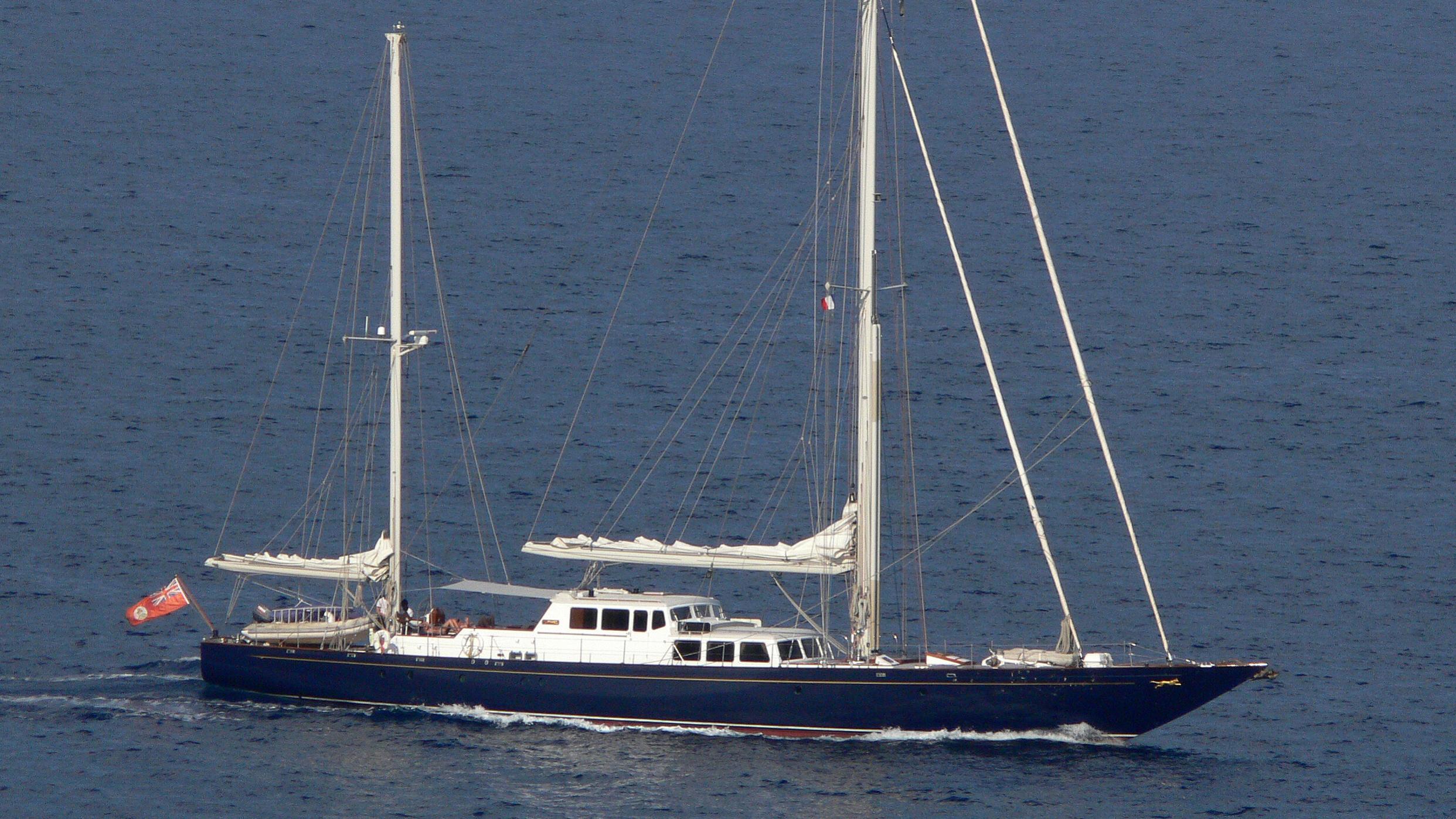 blue-leopard-yacht-exterior
