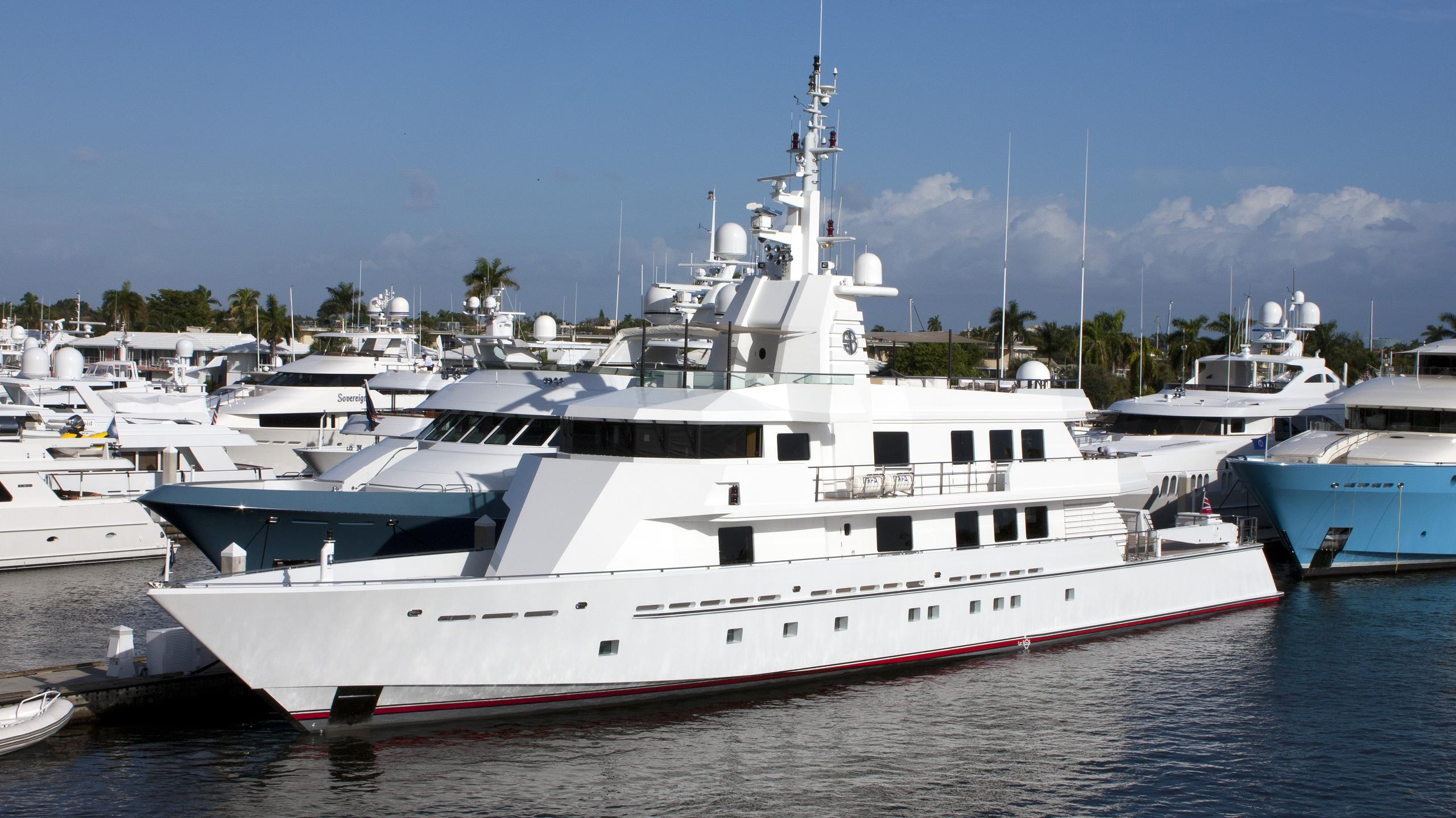 mizu-sea-bowld-motor-yacht-oceanfast-2004-53m-half-profile