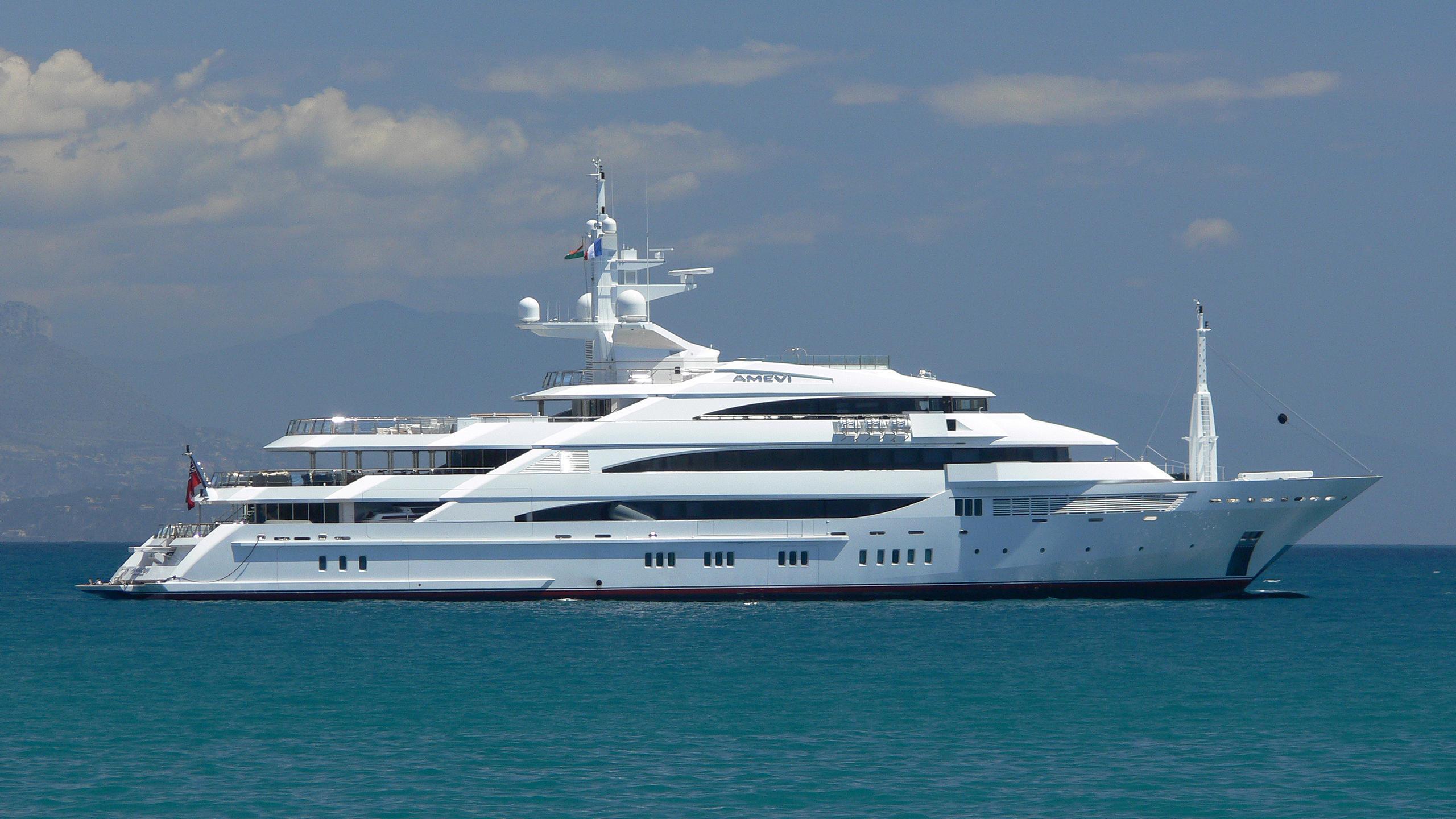 amevi-motoryacht-oceanco-2007-80m-profile-before-refit