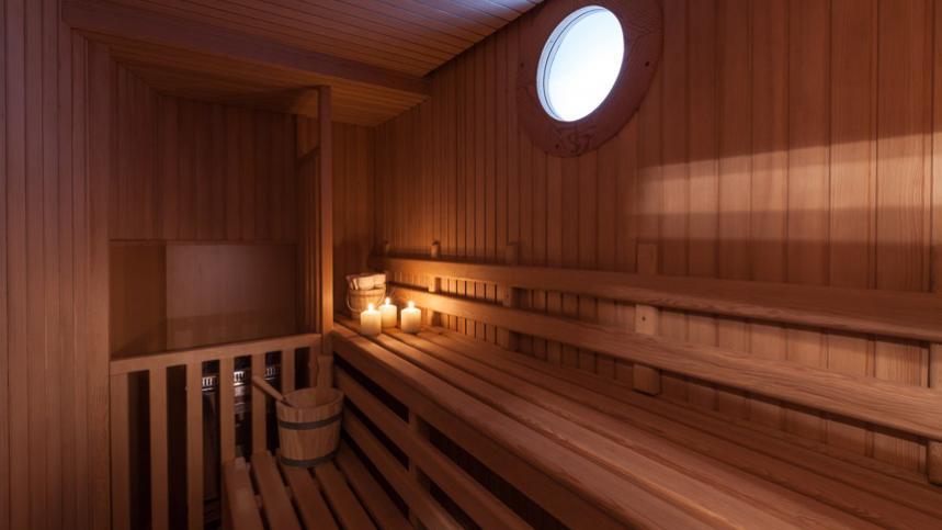 pride-yacht-sauna