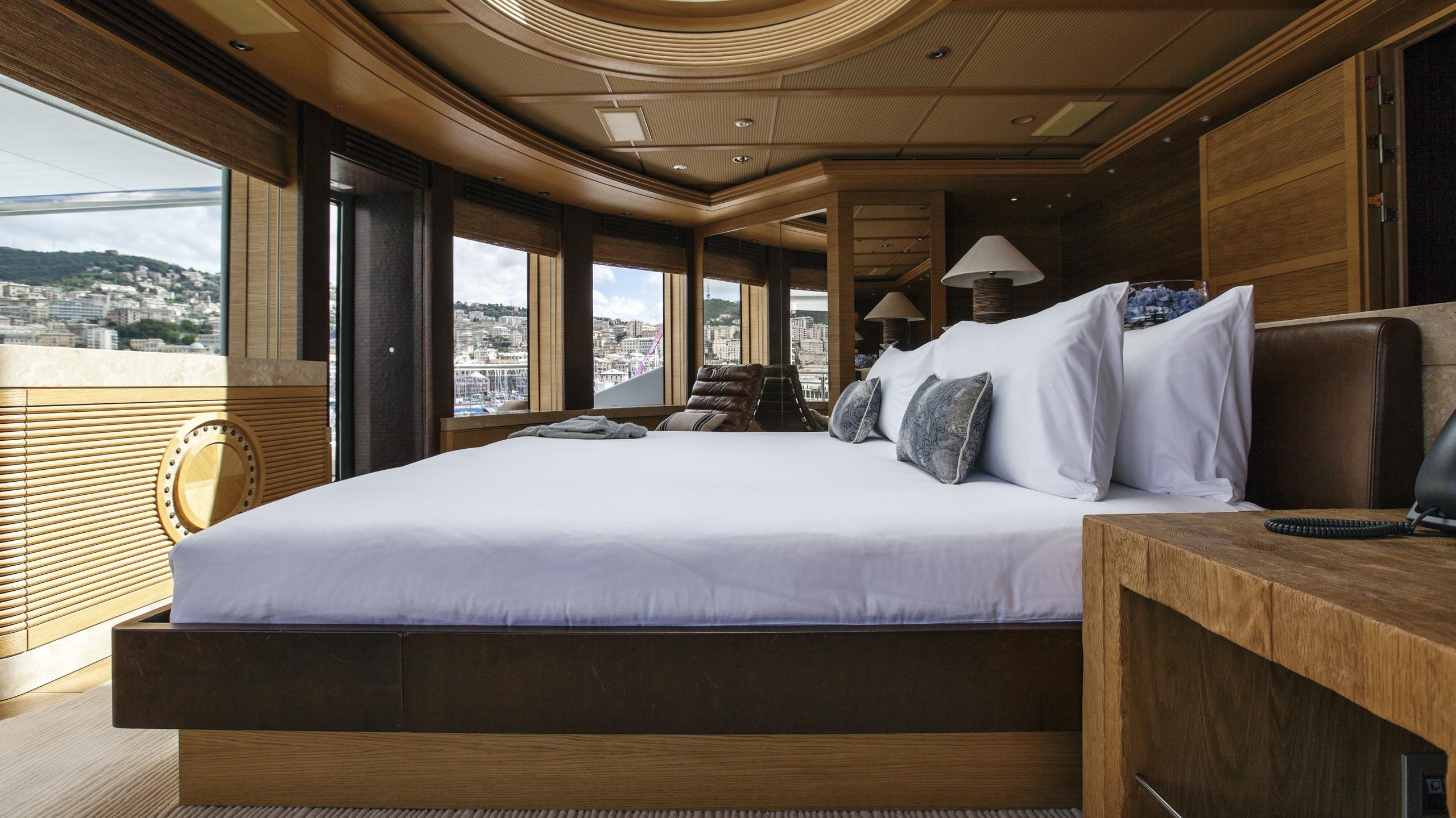 naia-yacht-master-cabin
