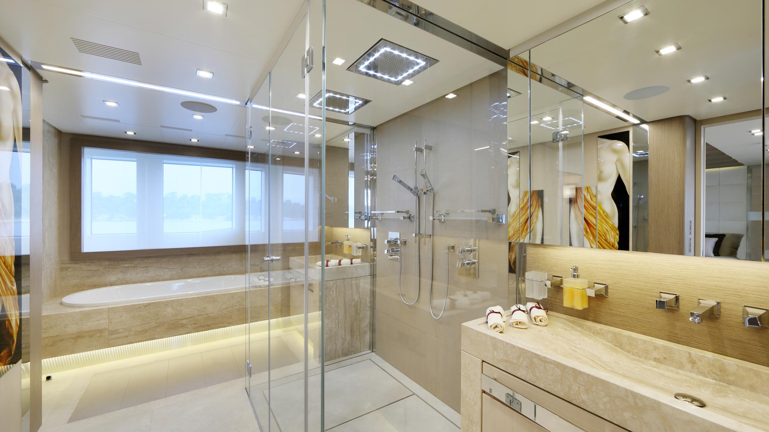 columbus-40S-hybrid-yacht-master-bathroom