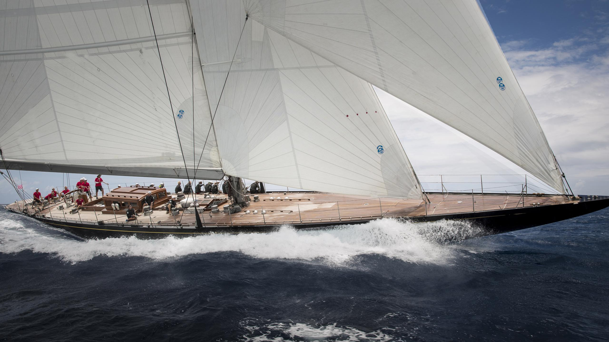 Rainbow-yacht-sailing