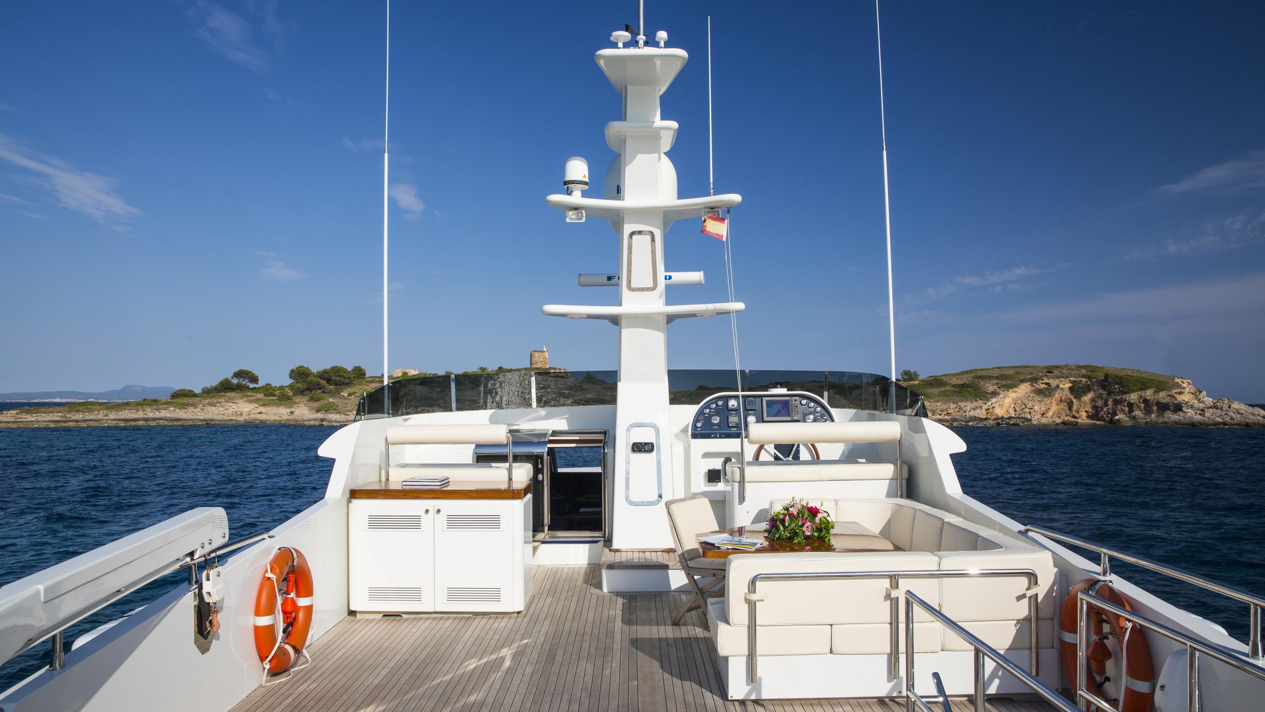 alexander-k-yacht-fly-deck