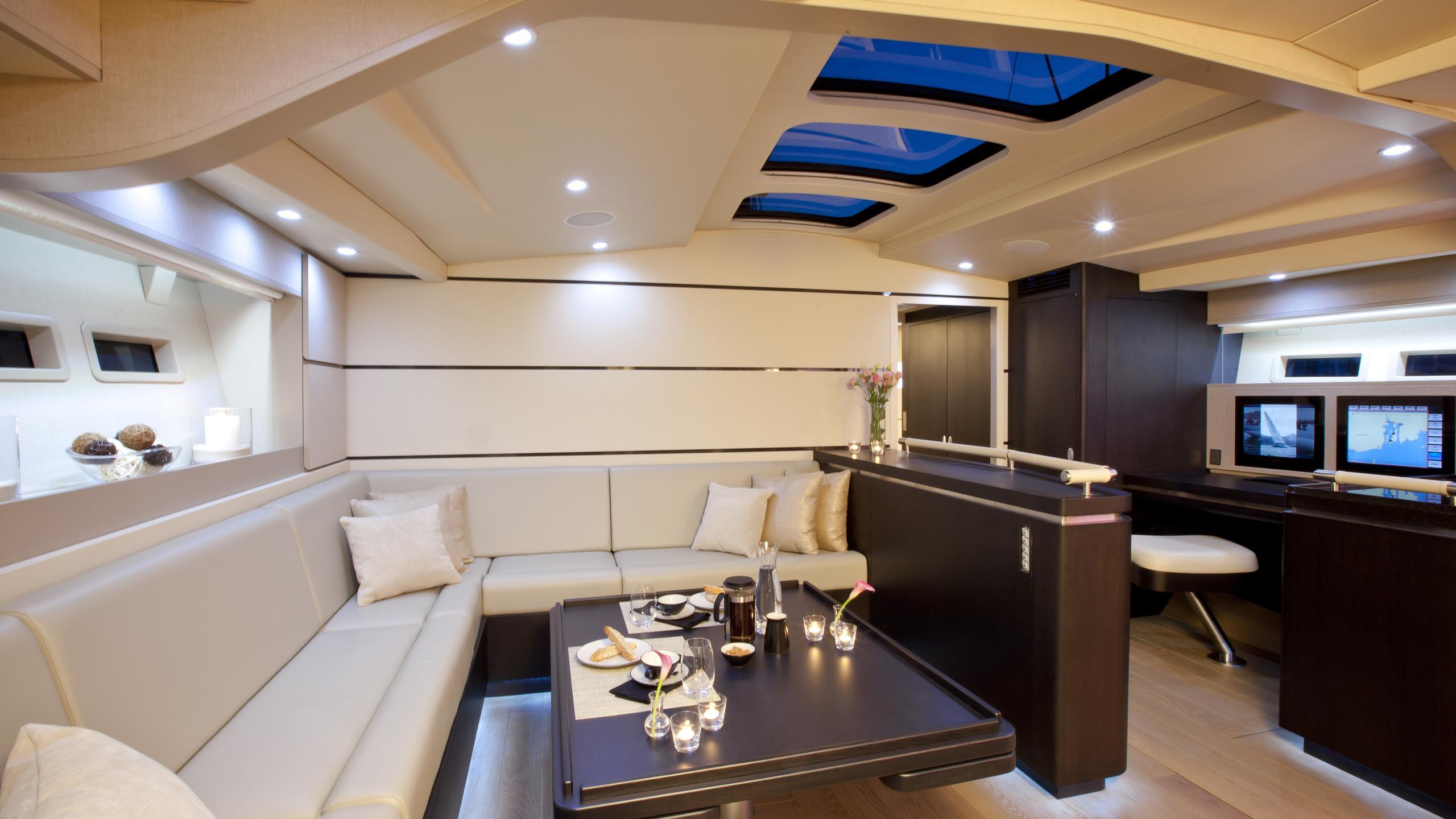 aegir-yacht-formal-dining