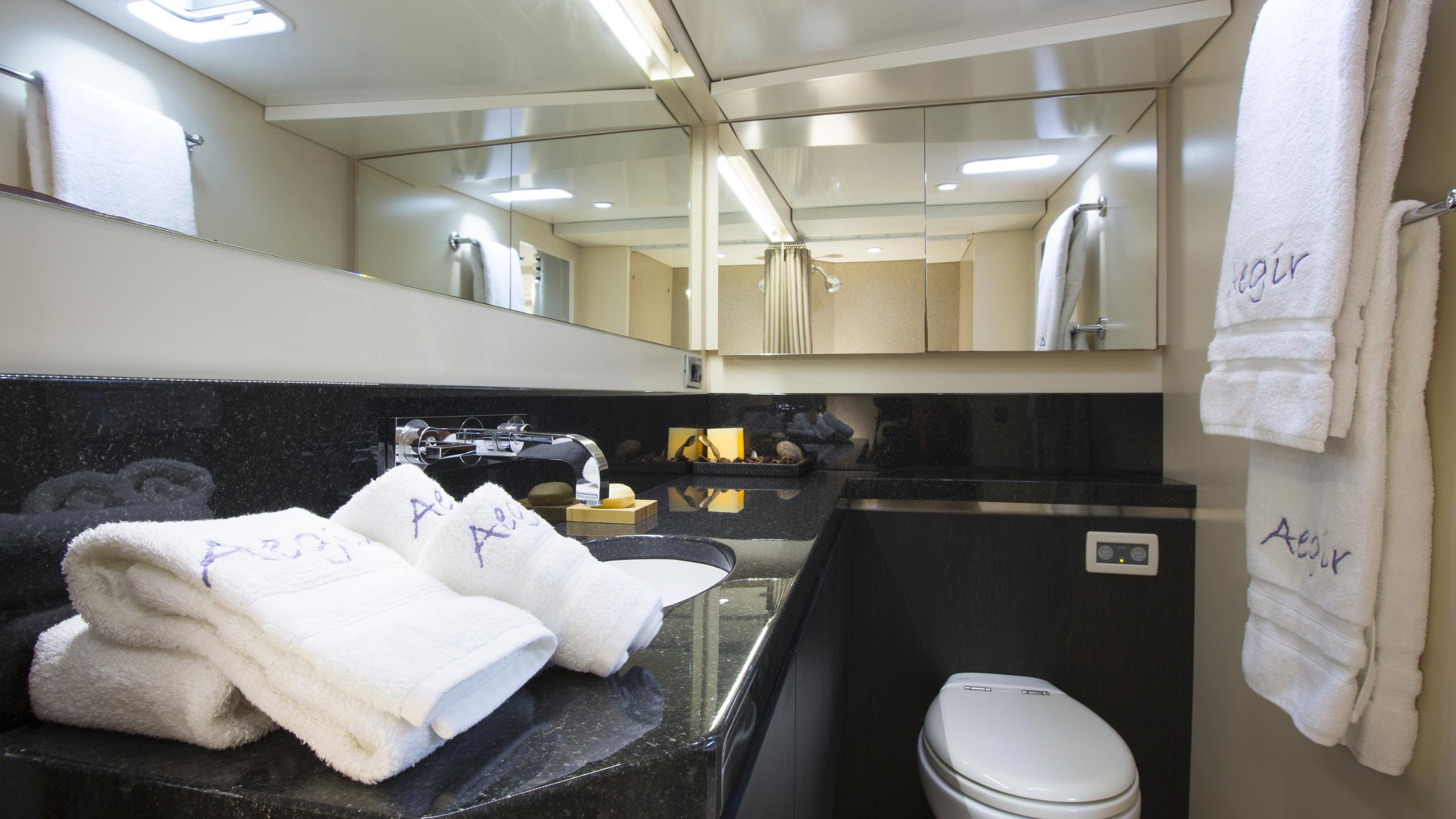 aegir-yacht-master-bathroom