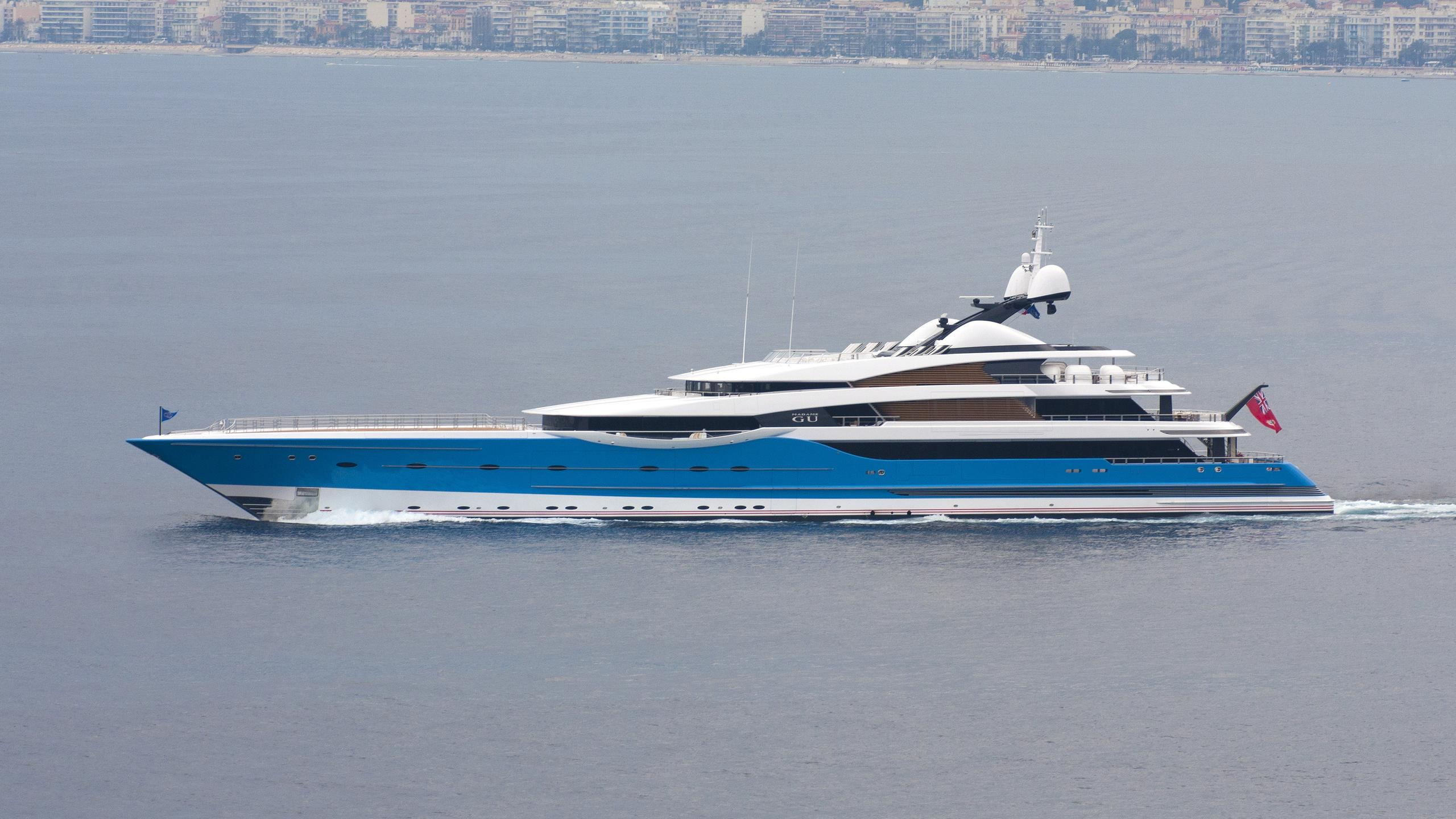 madame-gu-yacht-exterior