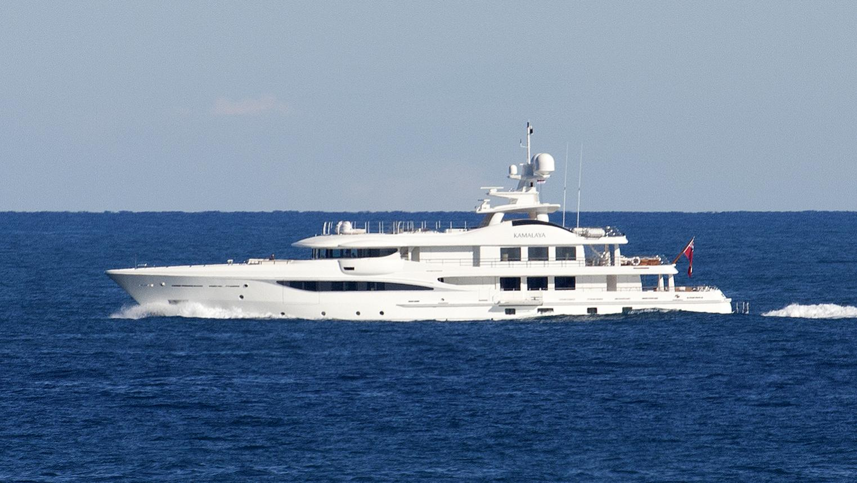kamalaya-yacht-exterior