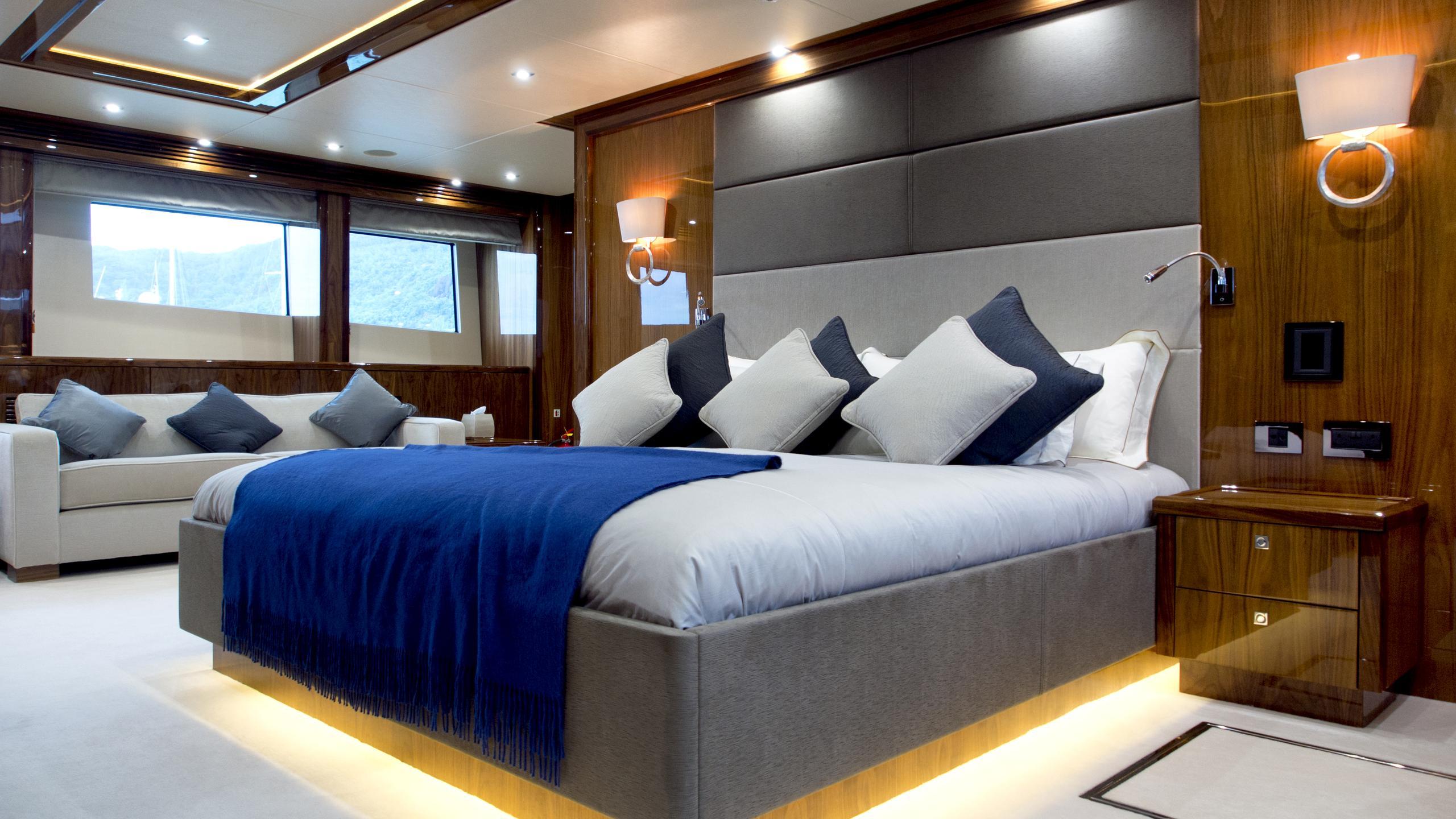 princess-k-yacht-master-cabin