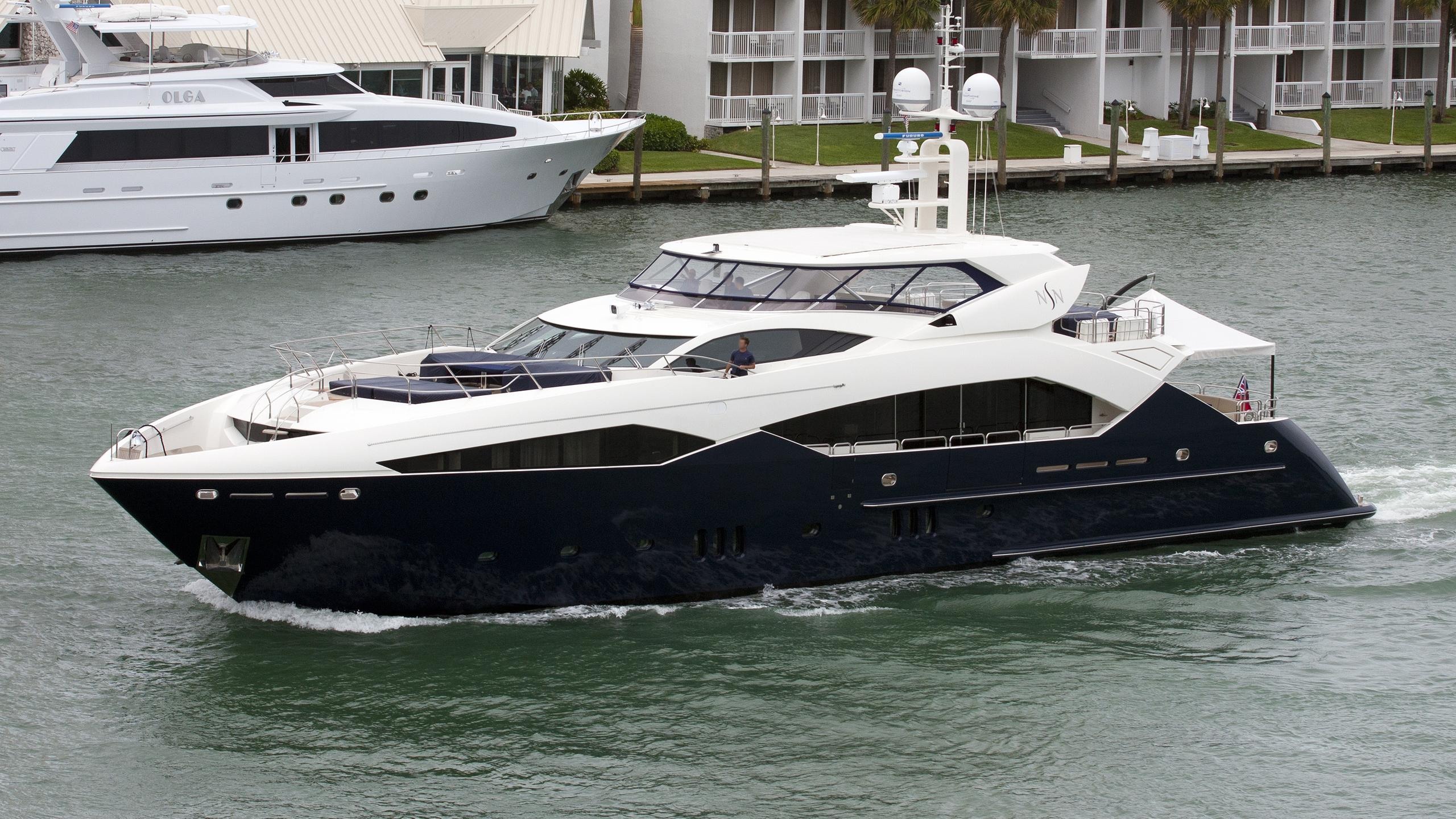 never-say-never-yacht-exterior
