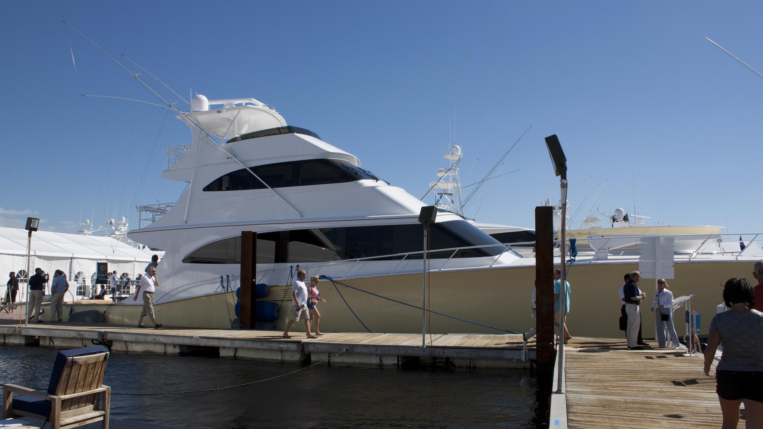 marlena-yacht-exterior